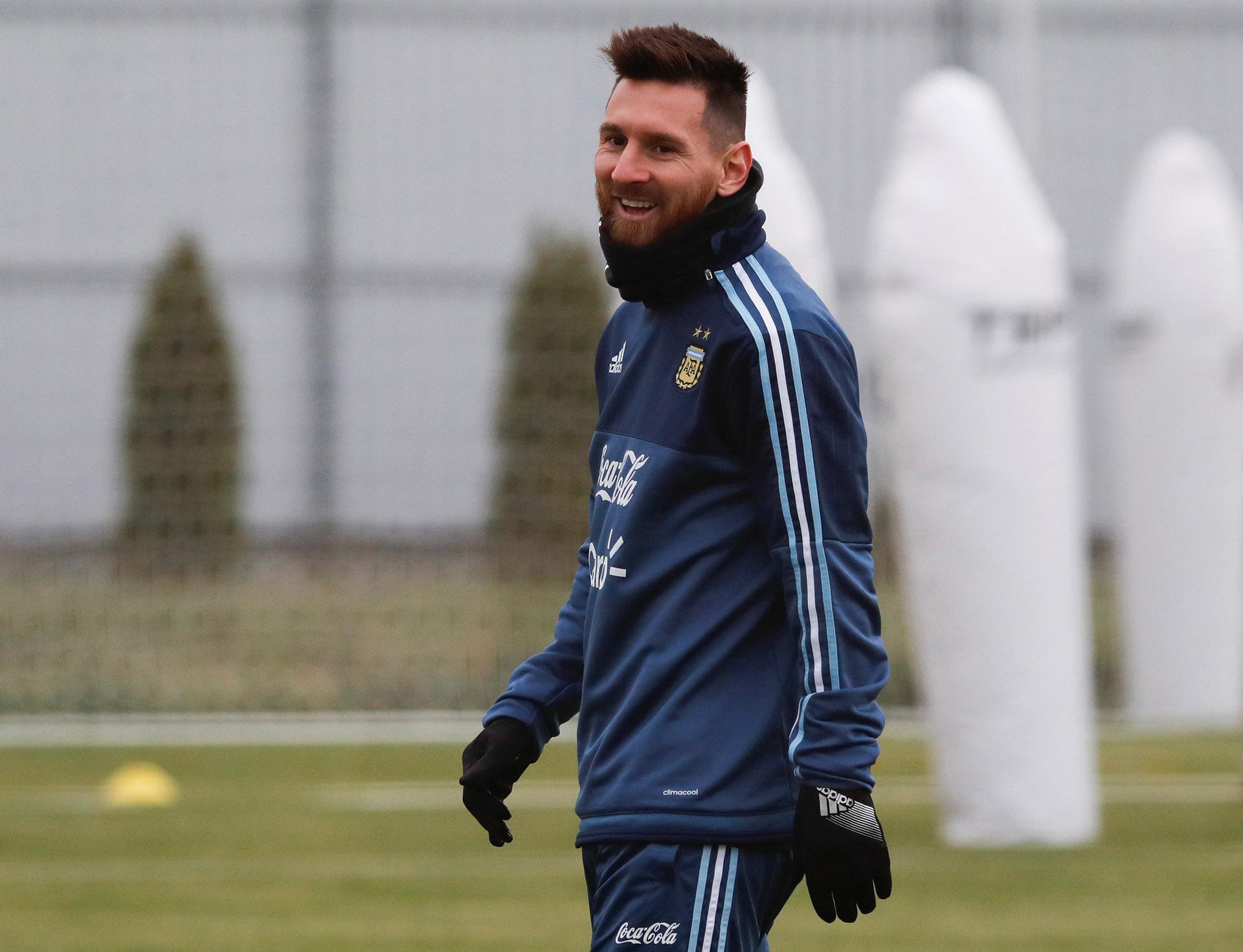 Lionel Messi será titular ante Rusia, pero descansará contra Nigeria (Reuters)