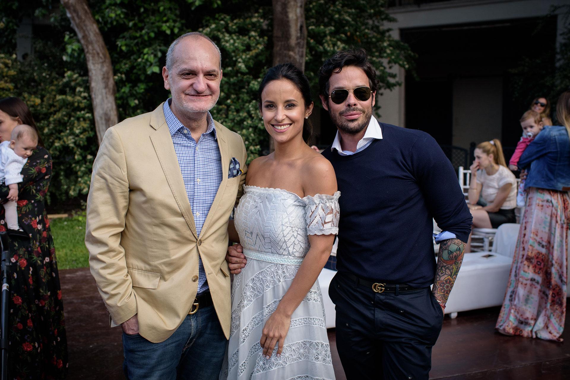 Laurencio Adot, Lourdes y Mariano Caprarola.