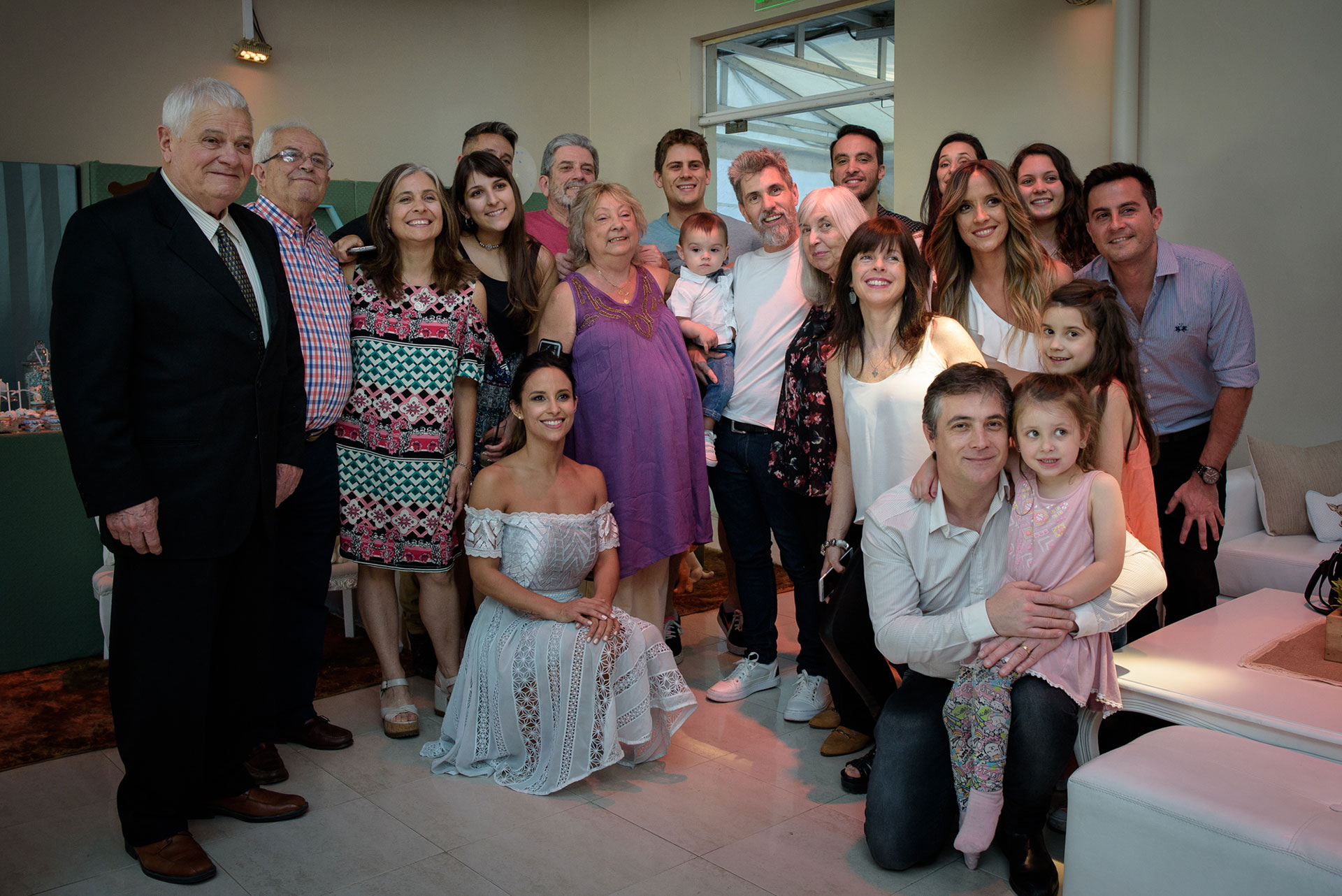 Los amigos y la familia de Lourdes y el Chato.