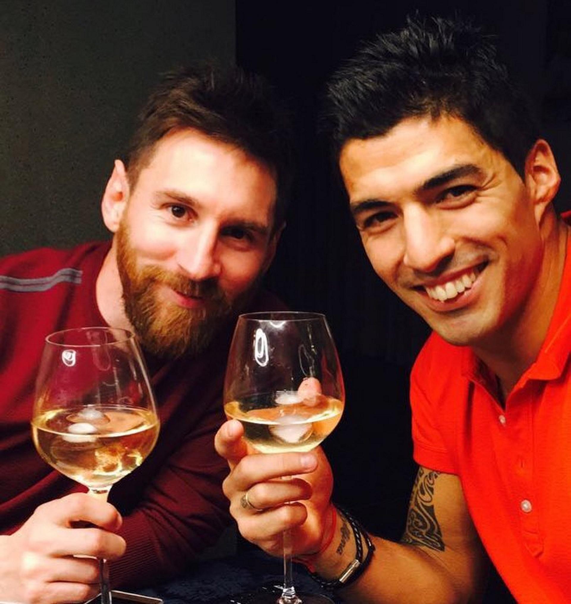 """""""Los dos somos padres, tenemos las mismas costumbres, nos gusta joder"""", contó sobre su vínculo con Messi"""