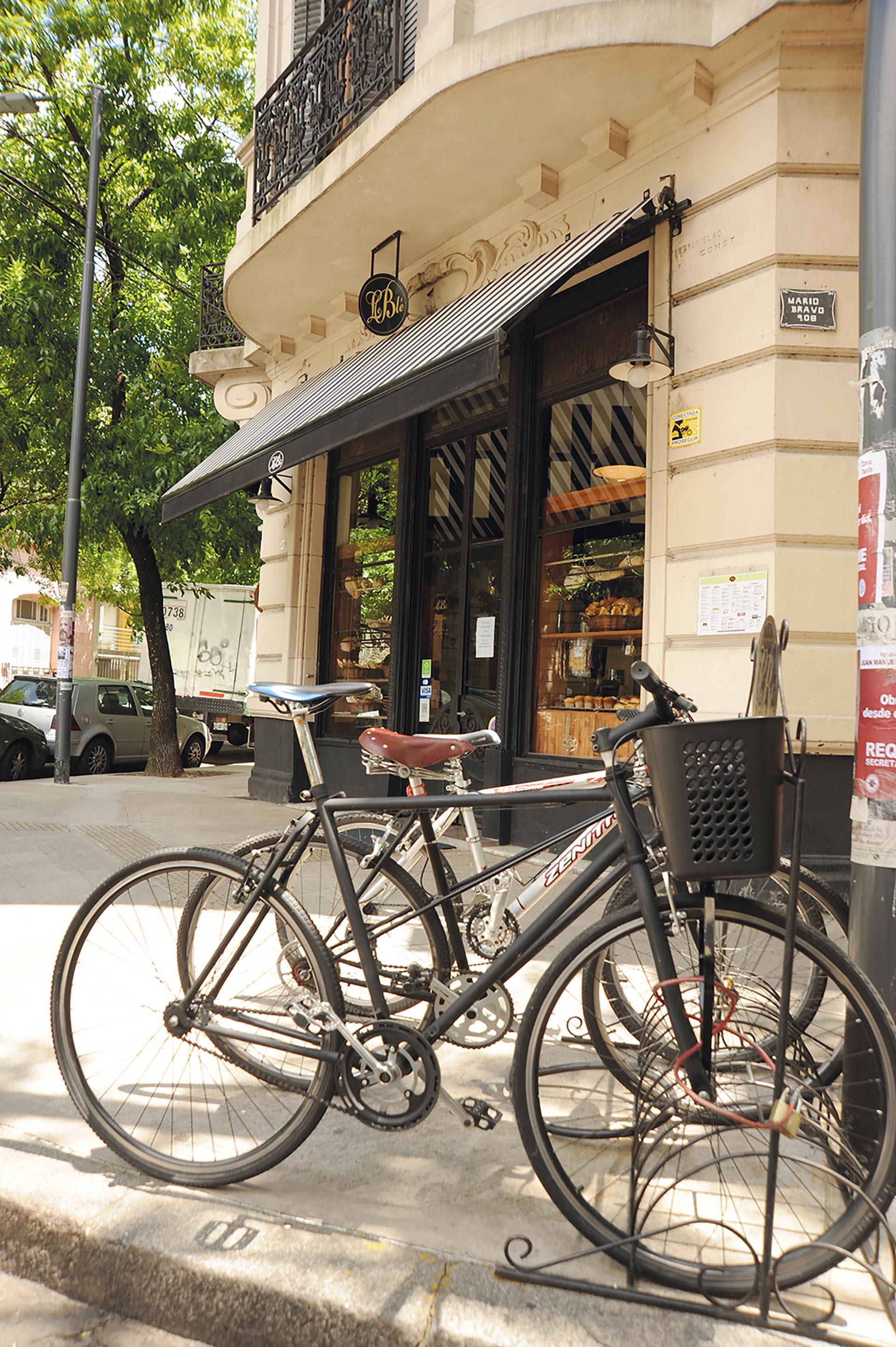 Le Blé, el café más lindo en una esquina de Almagro. Fotos Ariel Gutraich