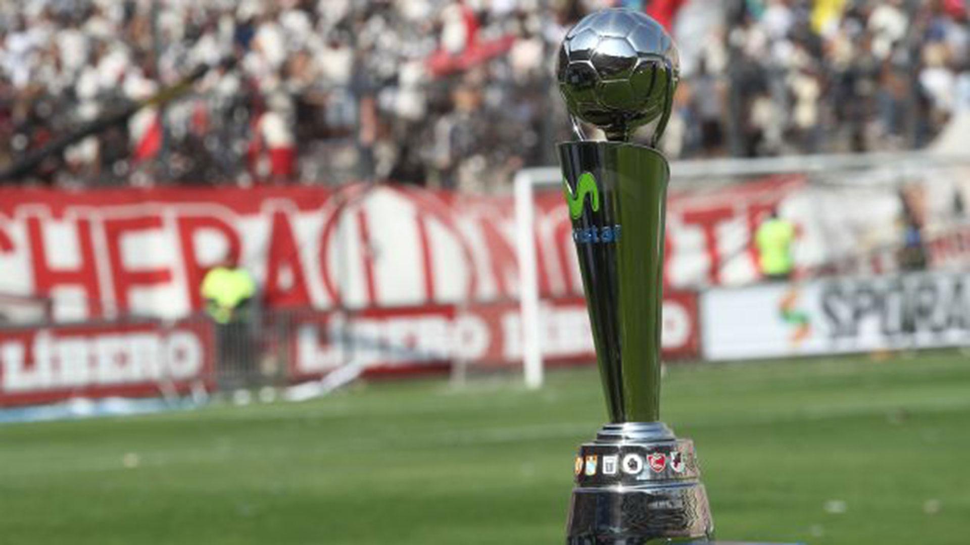la Copa Movistar, el trofeo de la Primera división de Perú