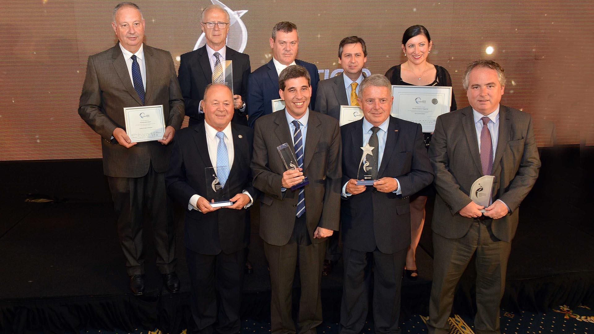 Los ejecutivos del Grupo Sancor Seguros durante la premiación en el evento