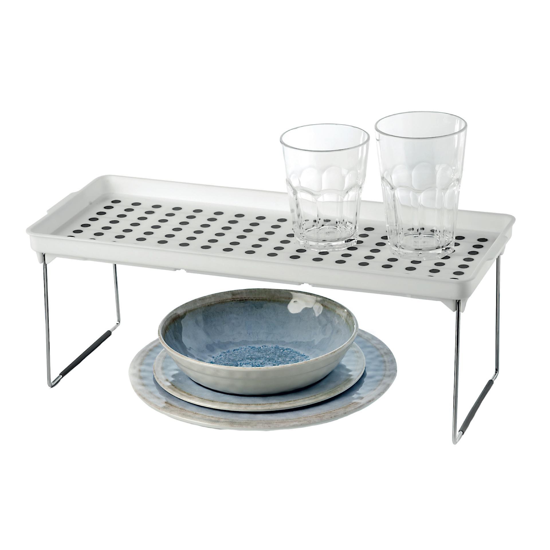 20. Estante de alacena grande ($ 109, no incluye platos y vasos).