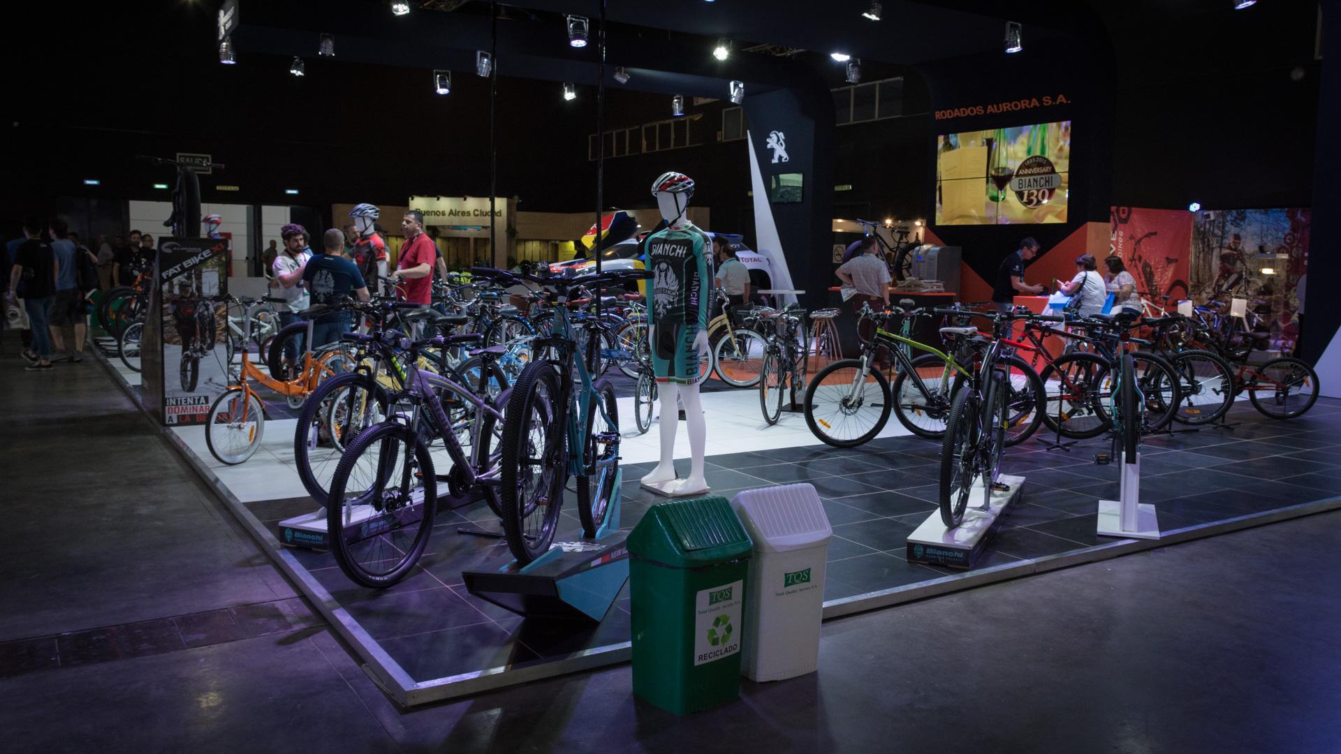 La Expo Bici & Run es un evento que reúne a los diferentes protagonistas del mundo de la bici y el running durante dos días y con actividades pensadas para toda la familia