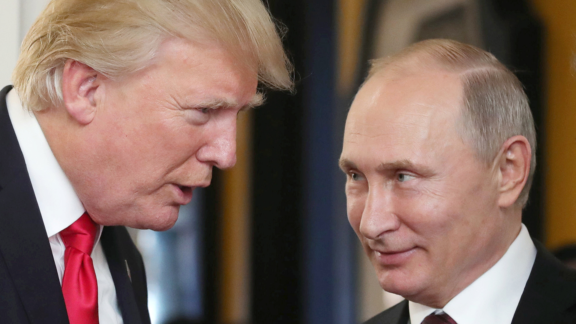Donald Trump y Vladimir Putin. (AFP)