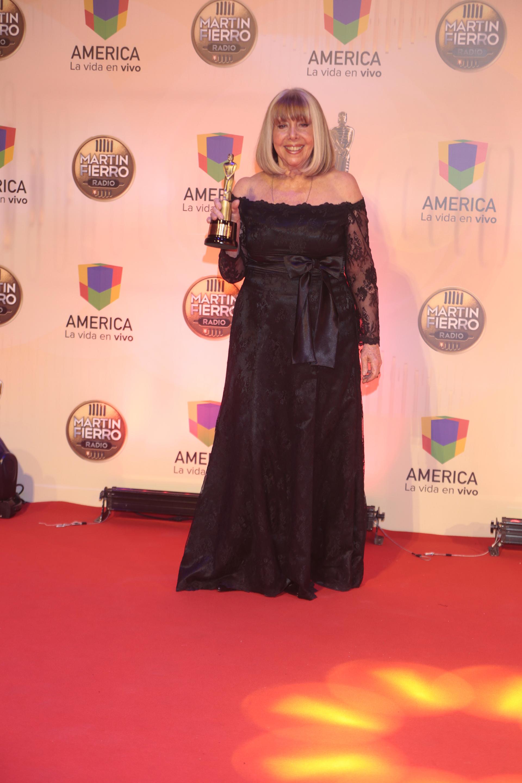 """Nora Perlé logró su premio por """"Canciones son amores (Radio Mitre) como """"Mejor Programa Musical"""""""
