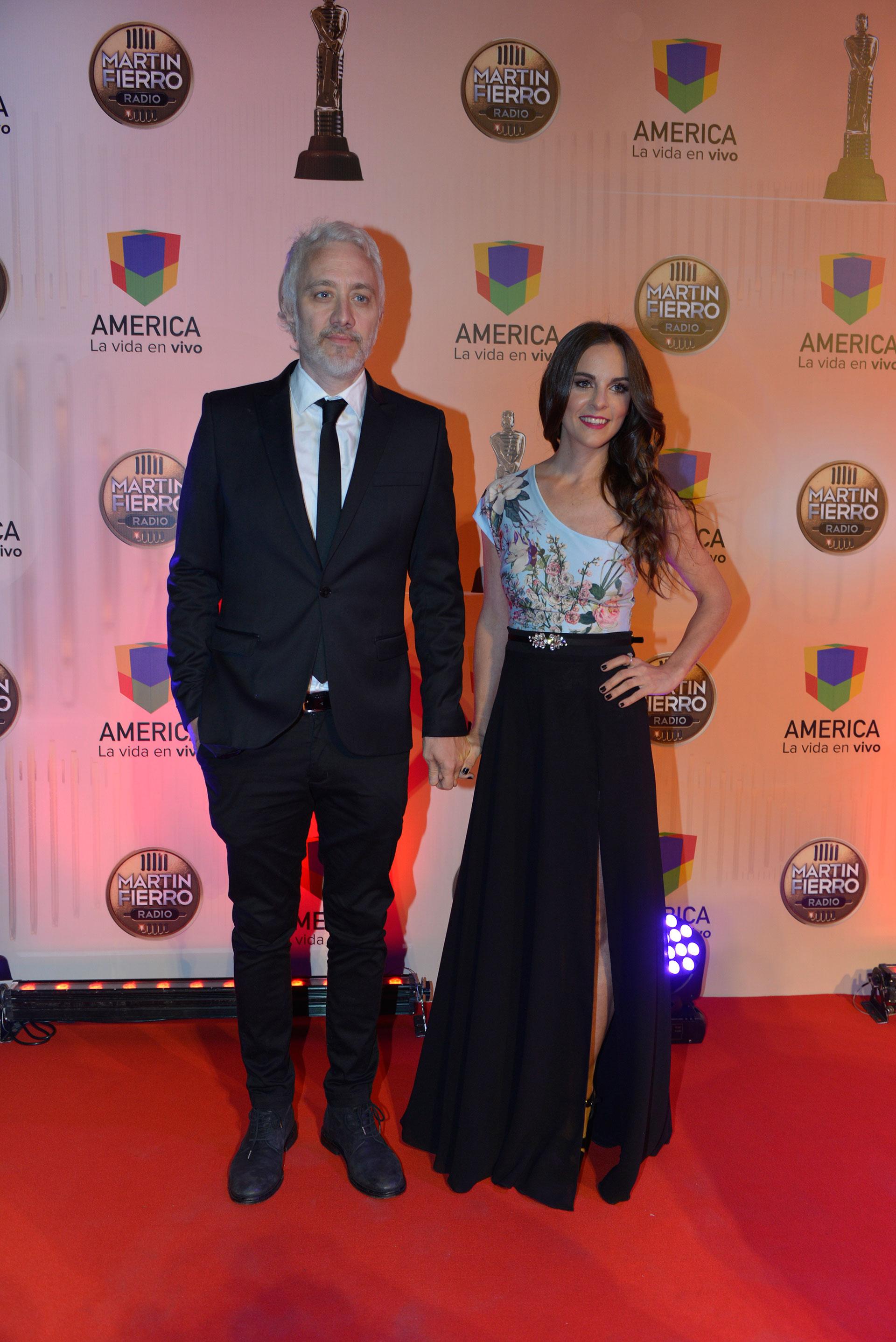 Andy Kusnetzoff, ganador en labor conducción masculina, y su mujer Florencia Suárez