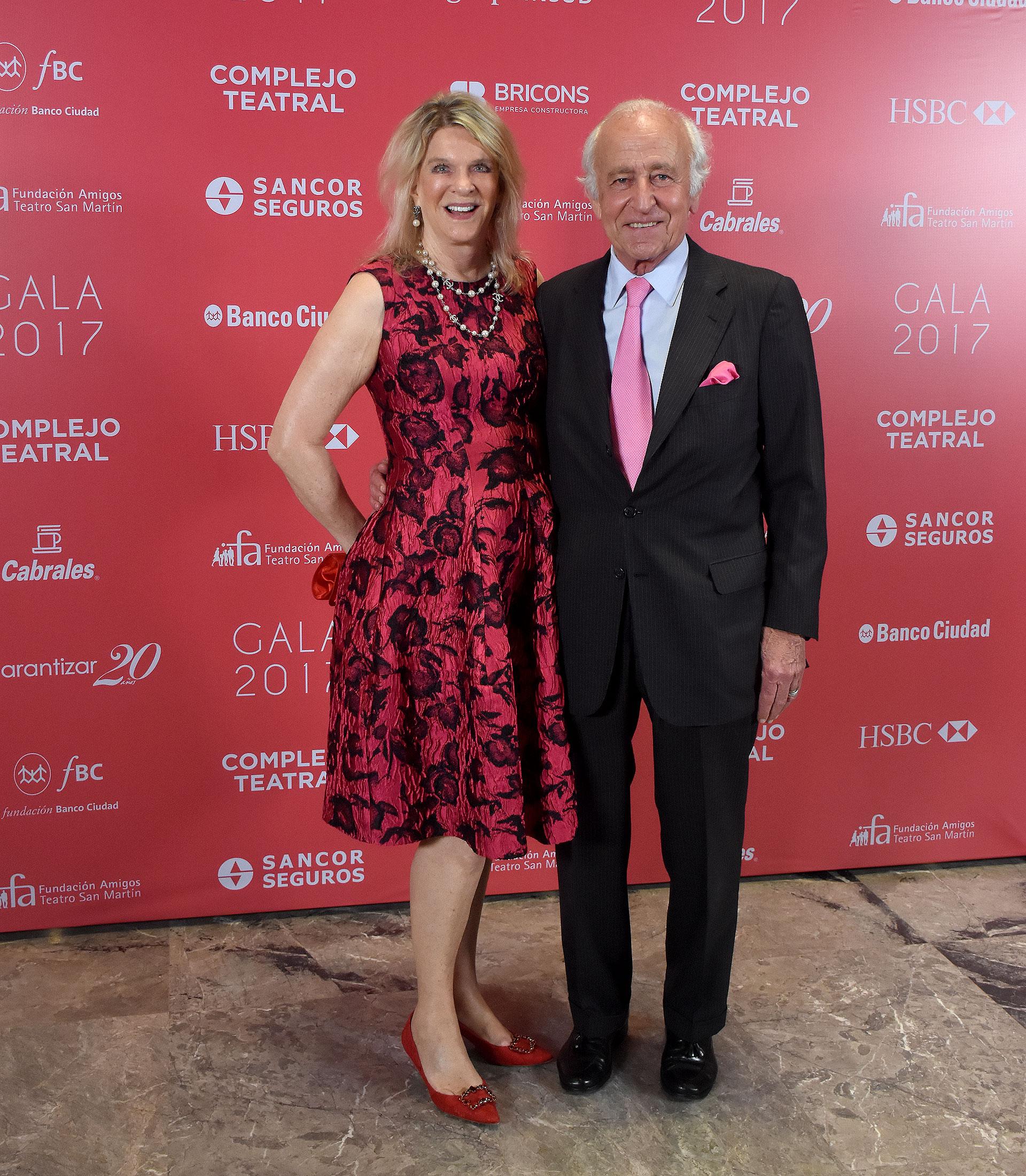 Eva Thesleff de Soldati, presidenta de la Fundación Amigos del Teatro San Martín, y su marido Santiago Soldati