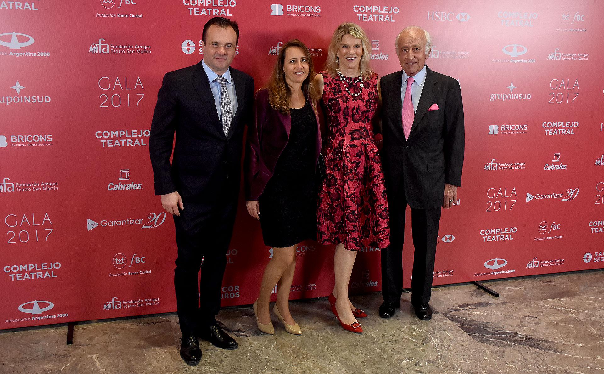 Juan Pablo y Magdalena Maglier junto a Eva y Santiago Soldati