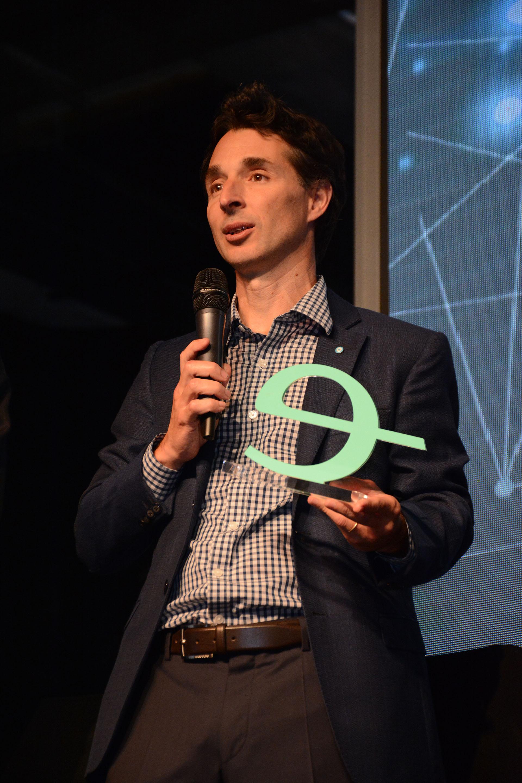 Roby Souviron, fundador de Despegar.com, premiado como Emprendedor Honorario de Endeavor Argentina