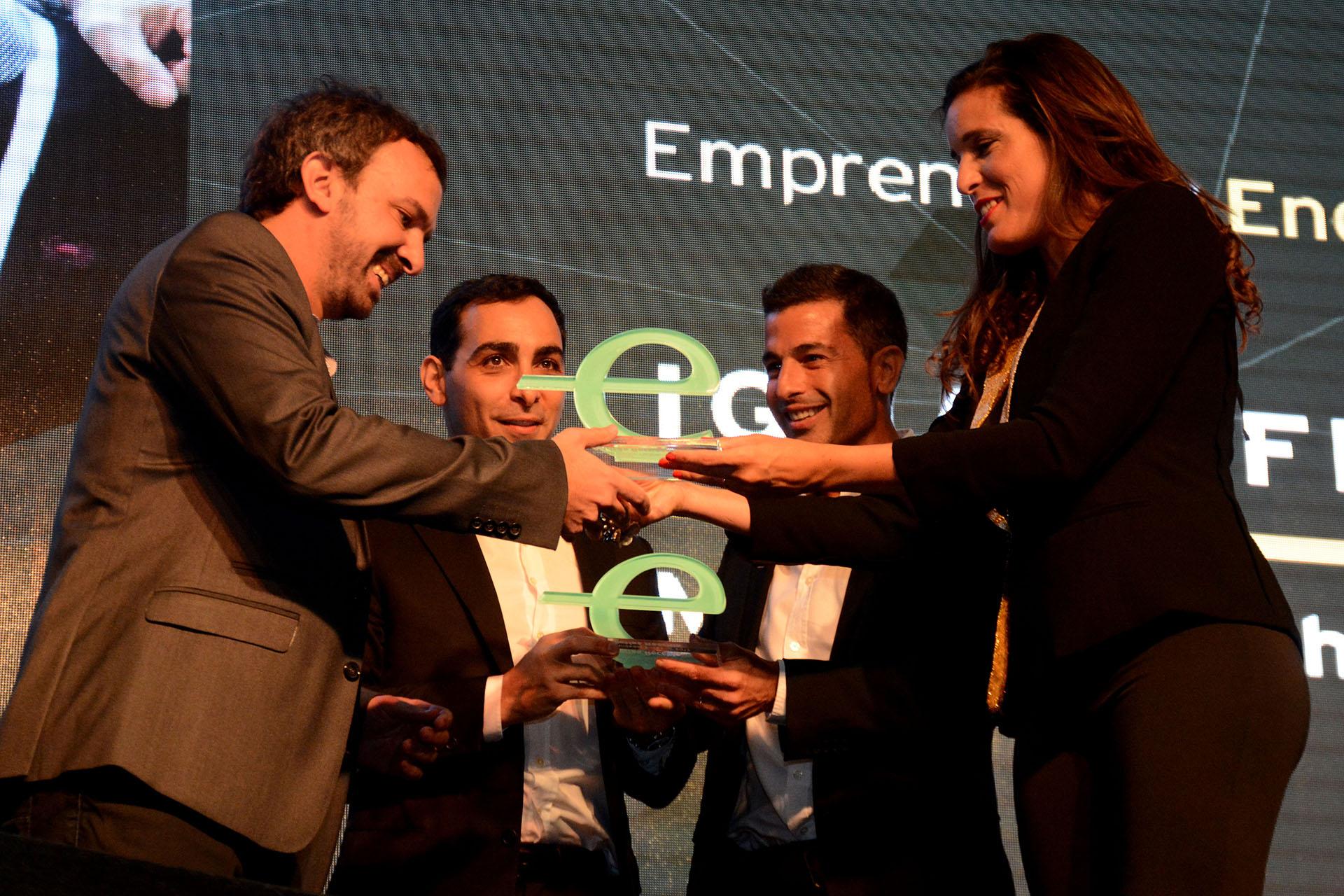 Matías Recchia y Andrés Bernasconi, fundadores de IguanaFix fueron reconocidos con el premio Emprendedor Endeavor 2017