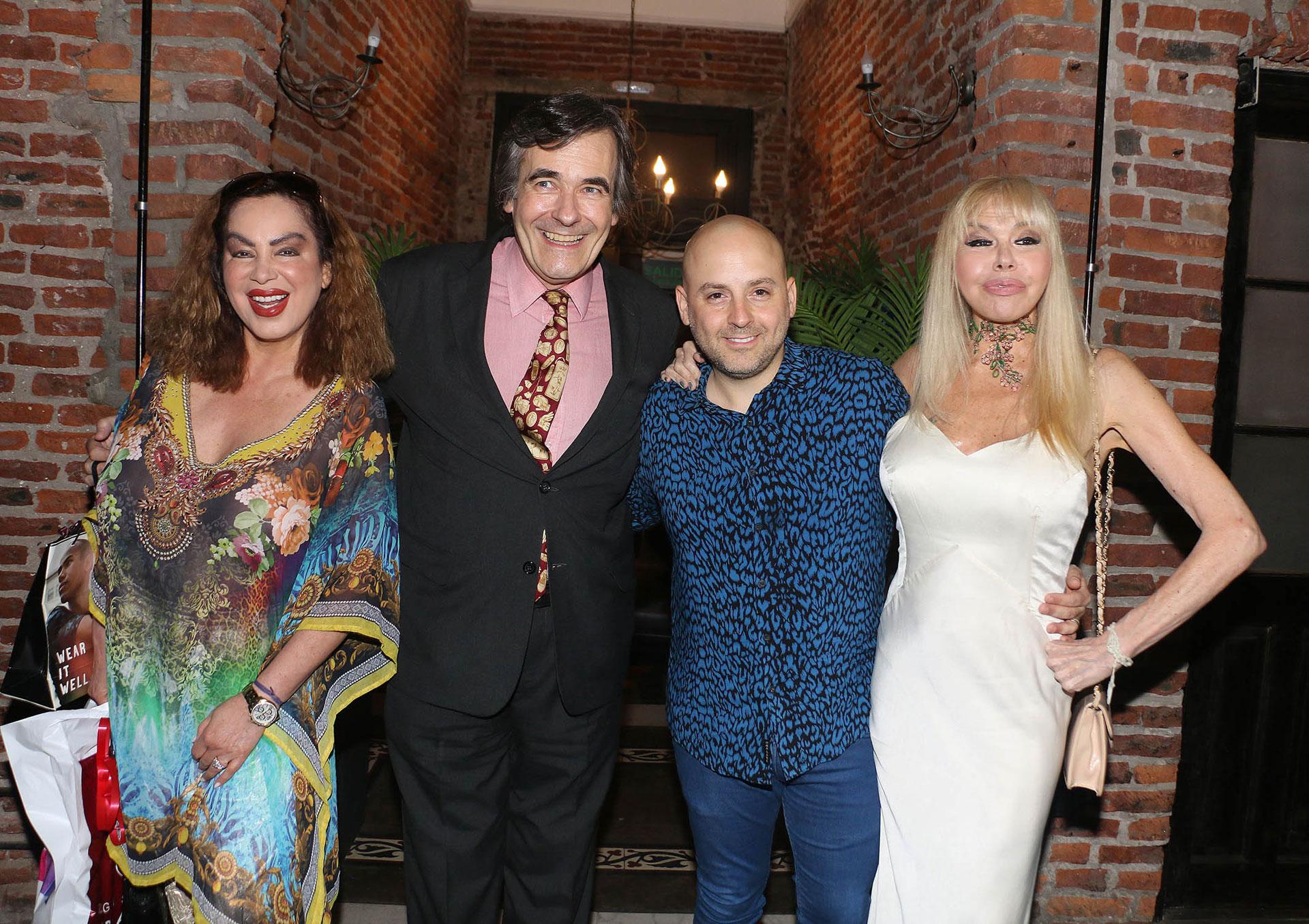 Muscari con Beatriz Salomón, Ricardo García y Adriana Aguirre