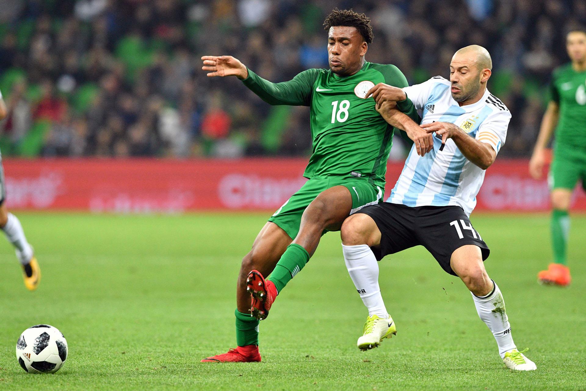 La Selección arrancó en ventaja por los goles de Banega y Agüero, pero los africanos lo dieron vuelta y se impusieron 4-2 en Krasnodar
