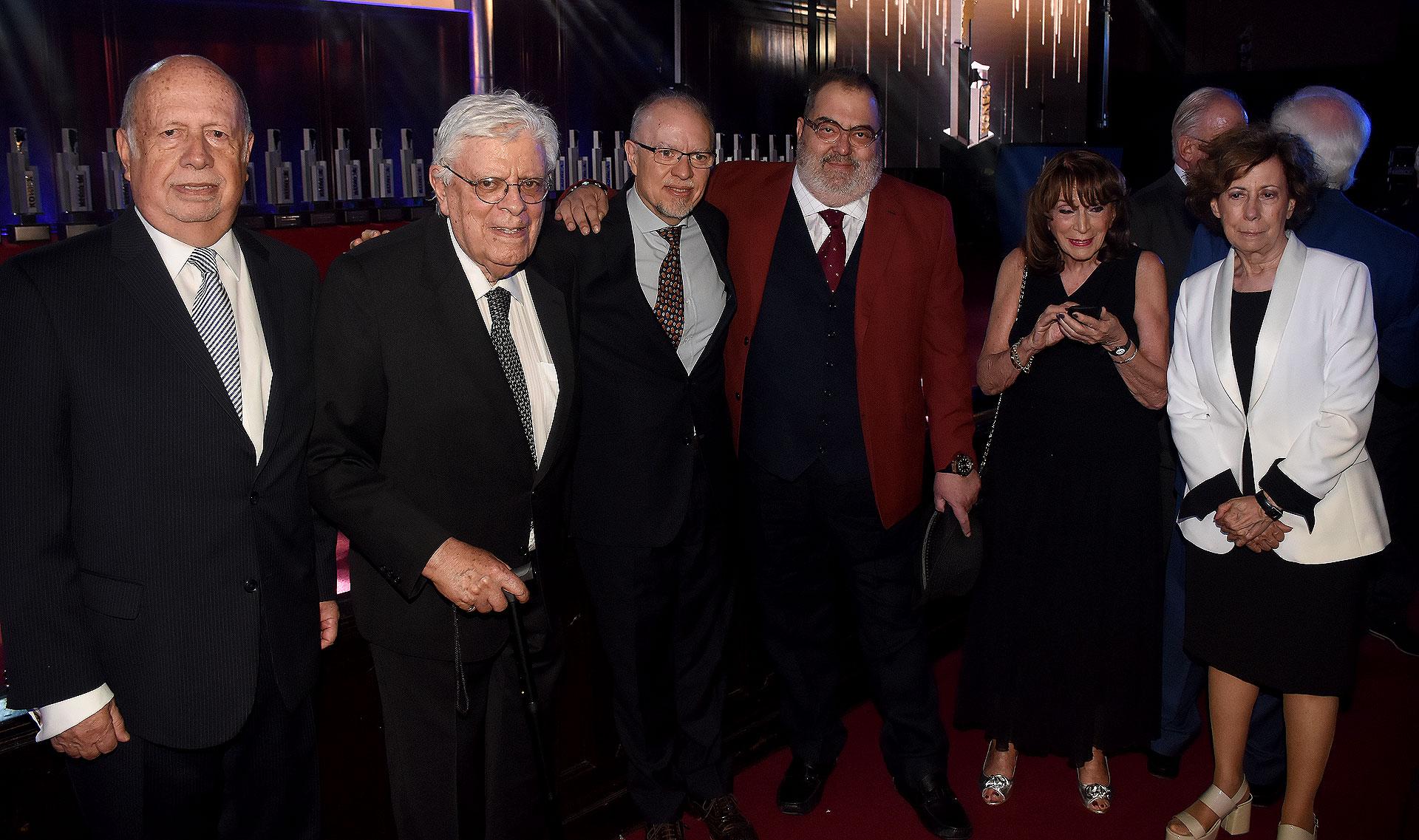 Jorge de Luján Gutiérrez, Hermenegildo Sábat, Jorge Fernández Díaz, Jorge Lanata, Magdalena Ruiz Guiñazú y Clara Mariño