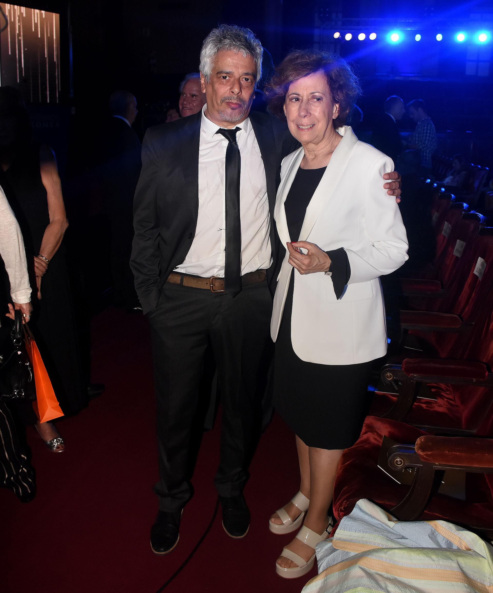 Bobby Flores y Clara Mariño