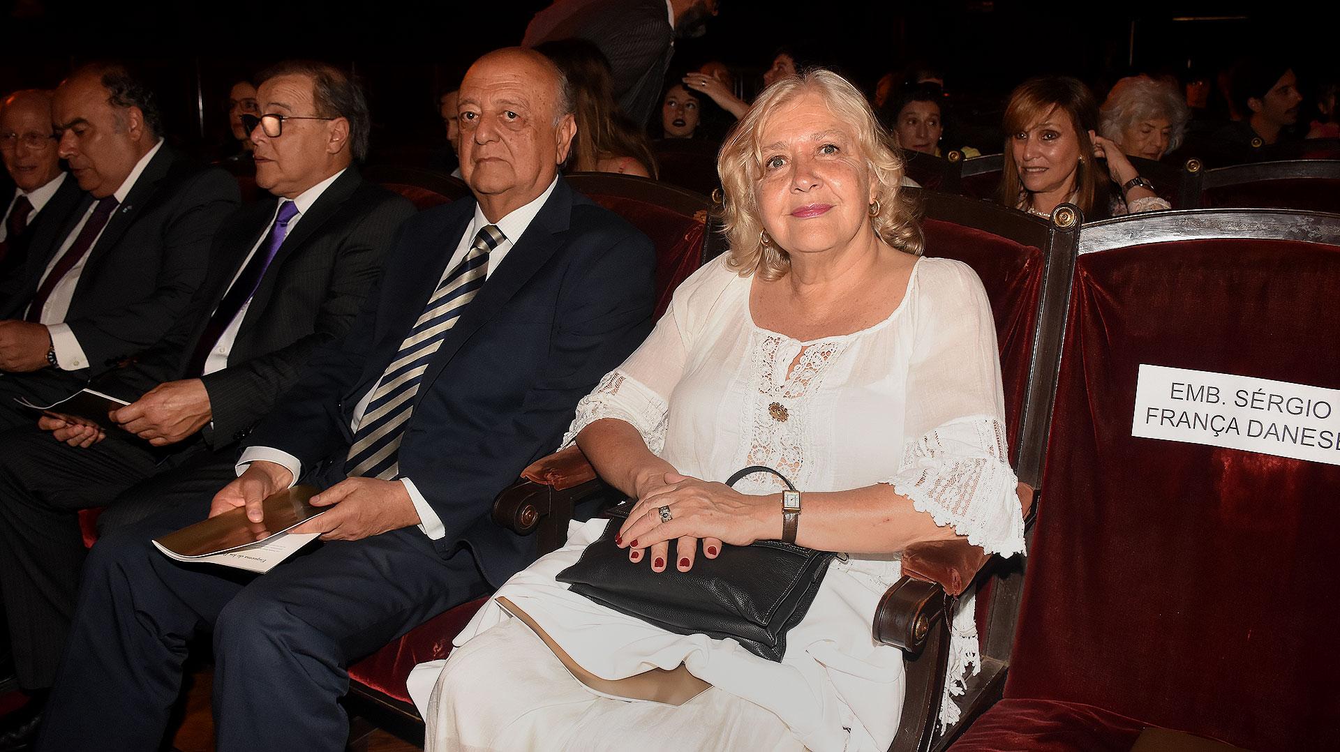 Mónica González Mujica (Nicolás Stulberg)