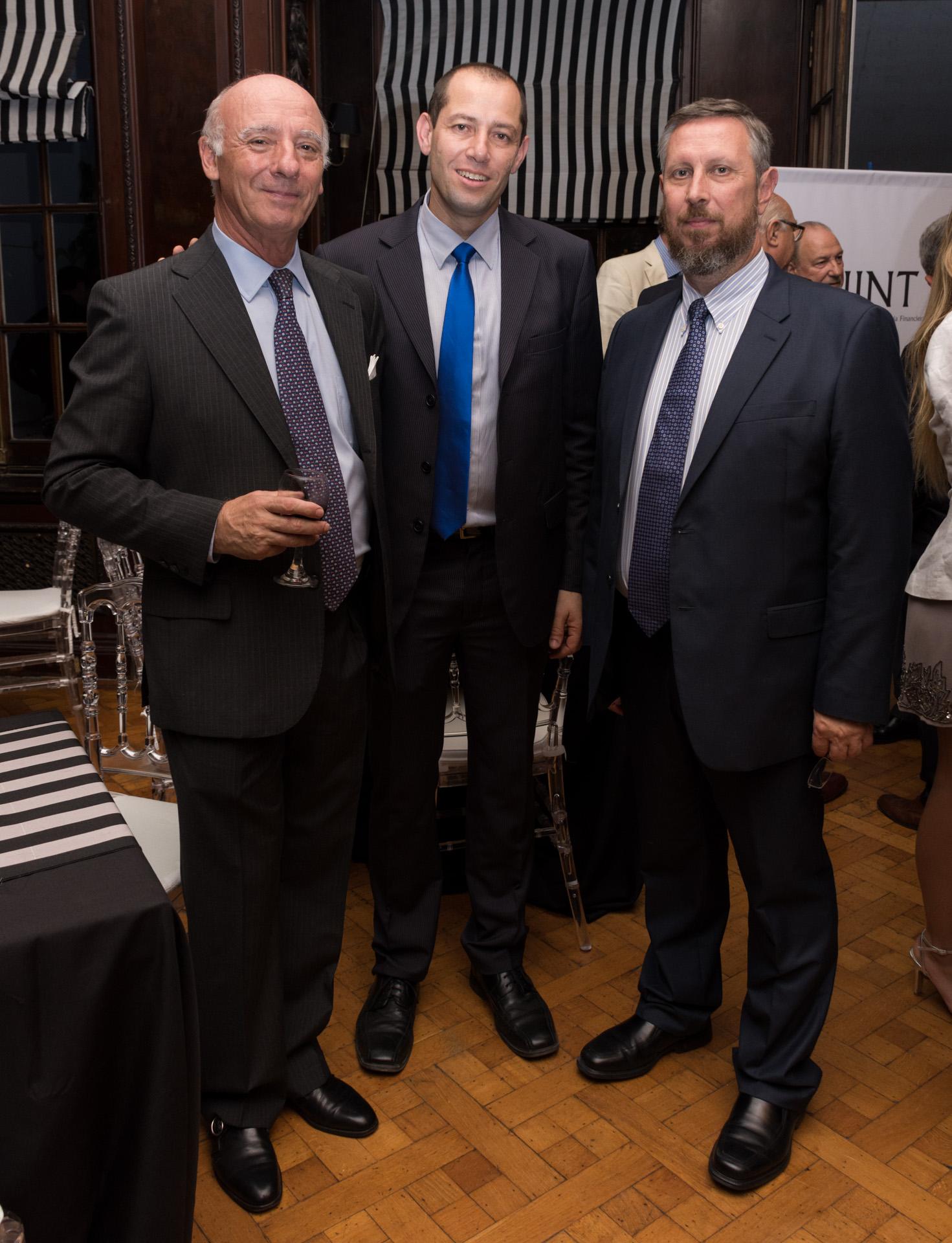 Julio Hang, Juan Belikow, consejero líder de la Secretaría de Seguridad Multidimensional de la OEA, Ronen Krauz, subjefe de la Misión Consejero Político(Martín Rosenzveig)