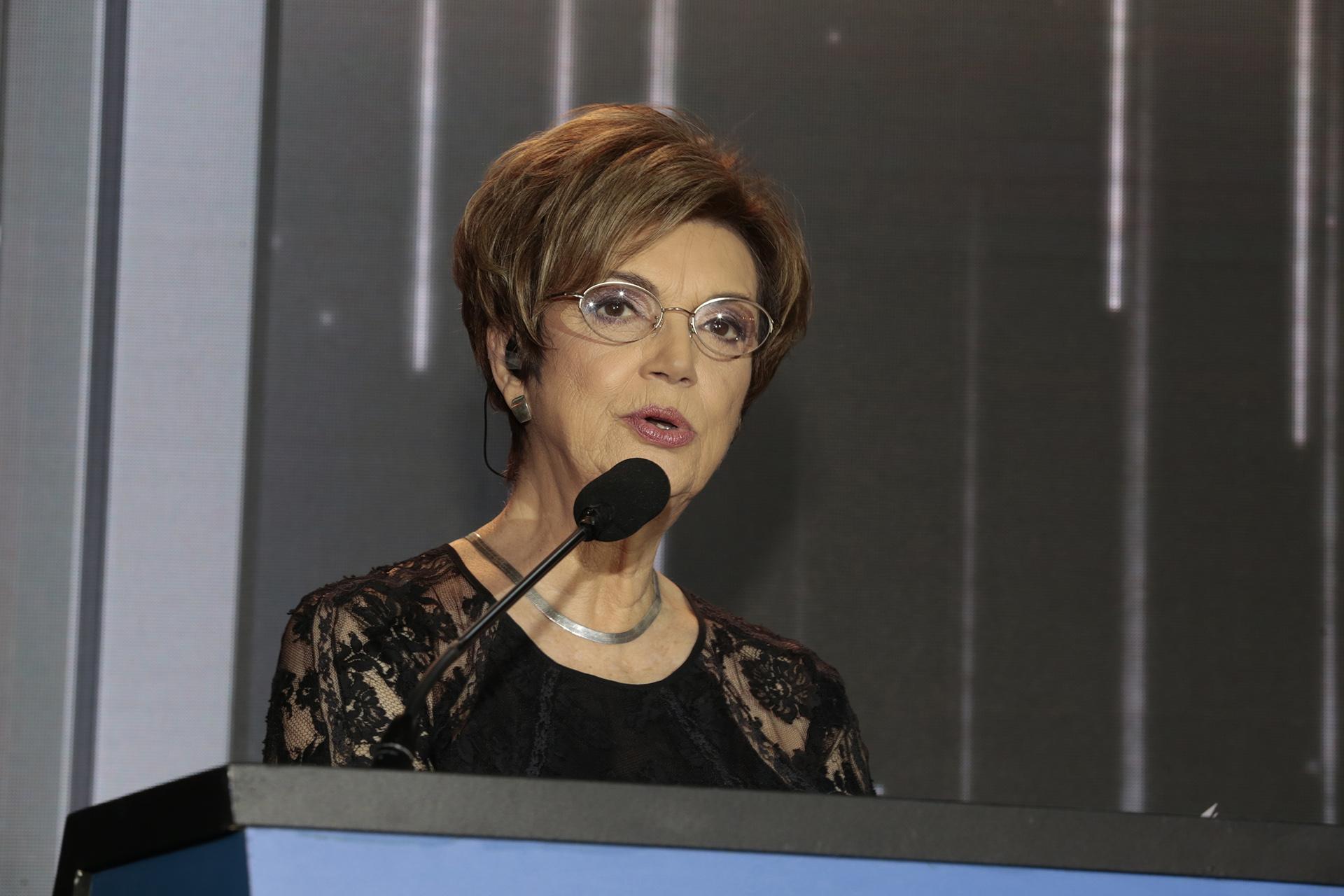 La conducción de la ceremonia estuvo a cargo de Gigliola Zecchin, Canela