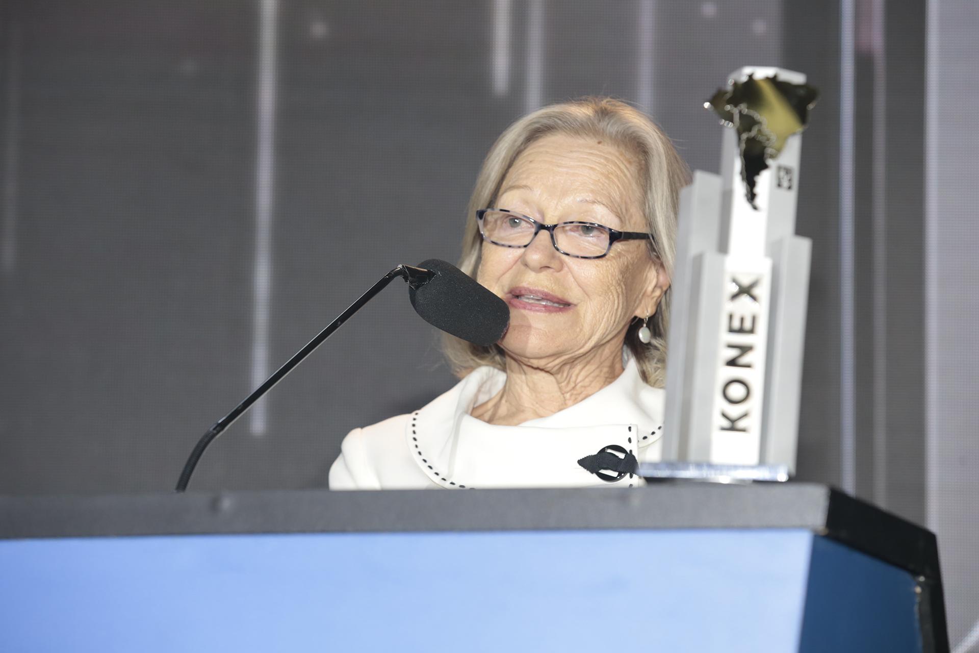 Dorrit Harazim, ganadora del Konex Mercosur (Brasil). Los Konex Mercosur de entregaron a las personalidades más relevantes de la Comunicación- Periodismo de los países de la región