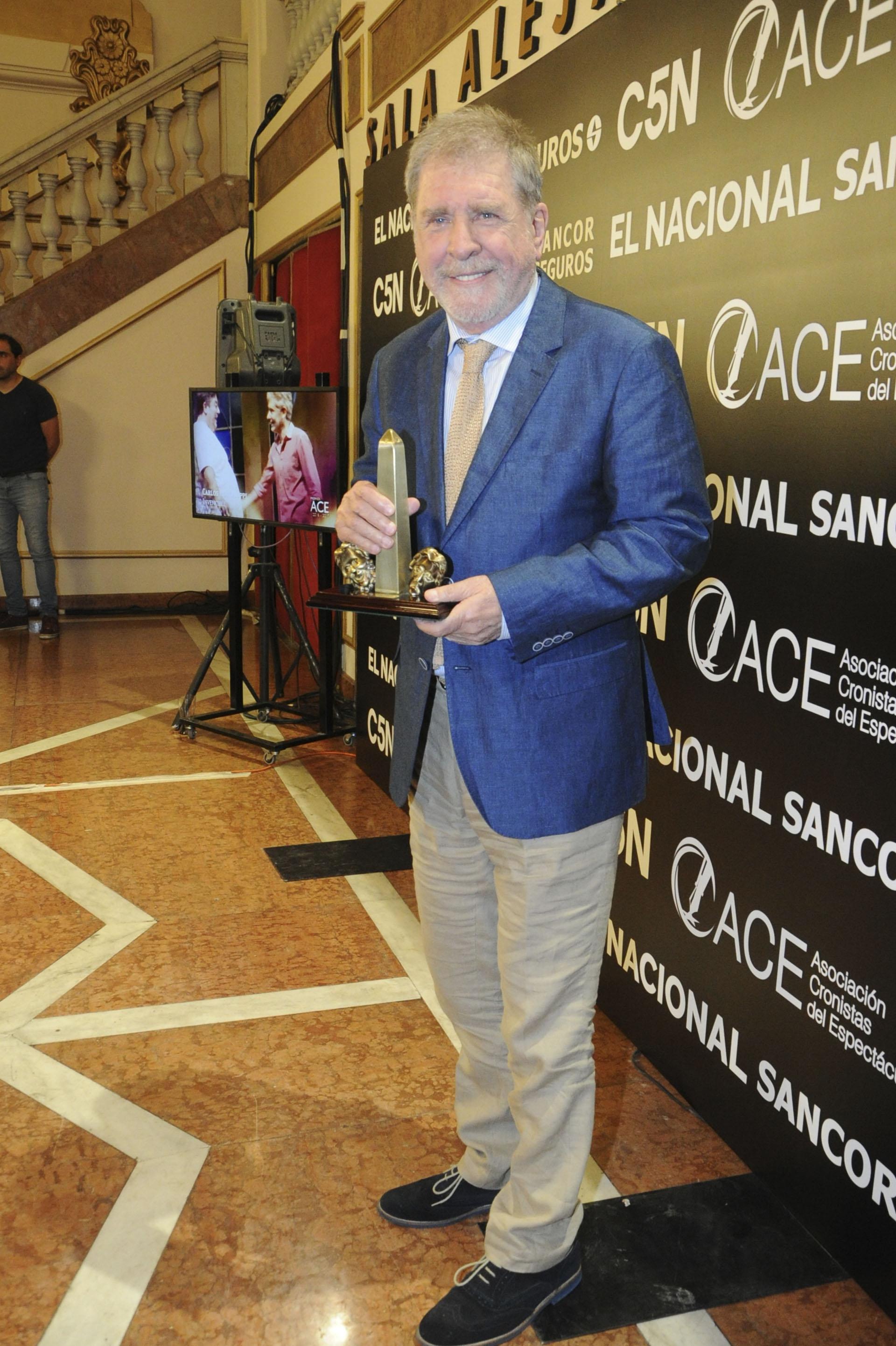 """Arturo Puig fue reconocido en la categoría Dirección General, por la obra """"Sugar"""""""