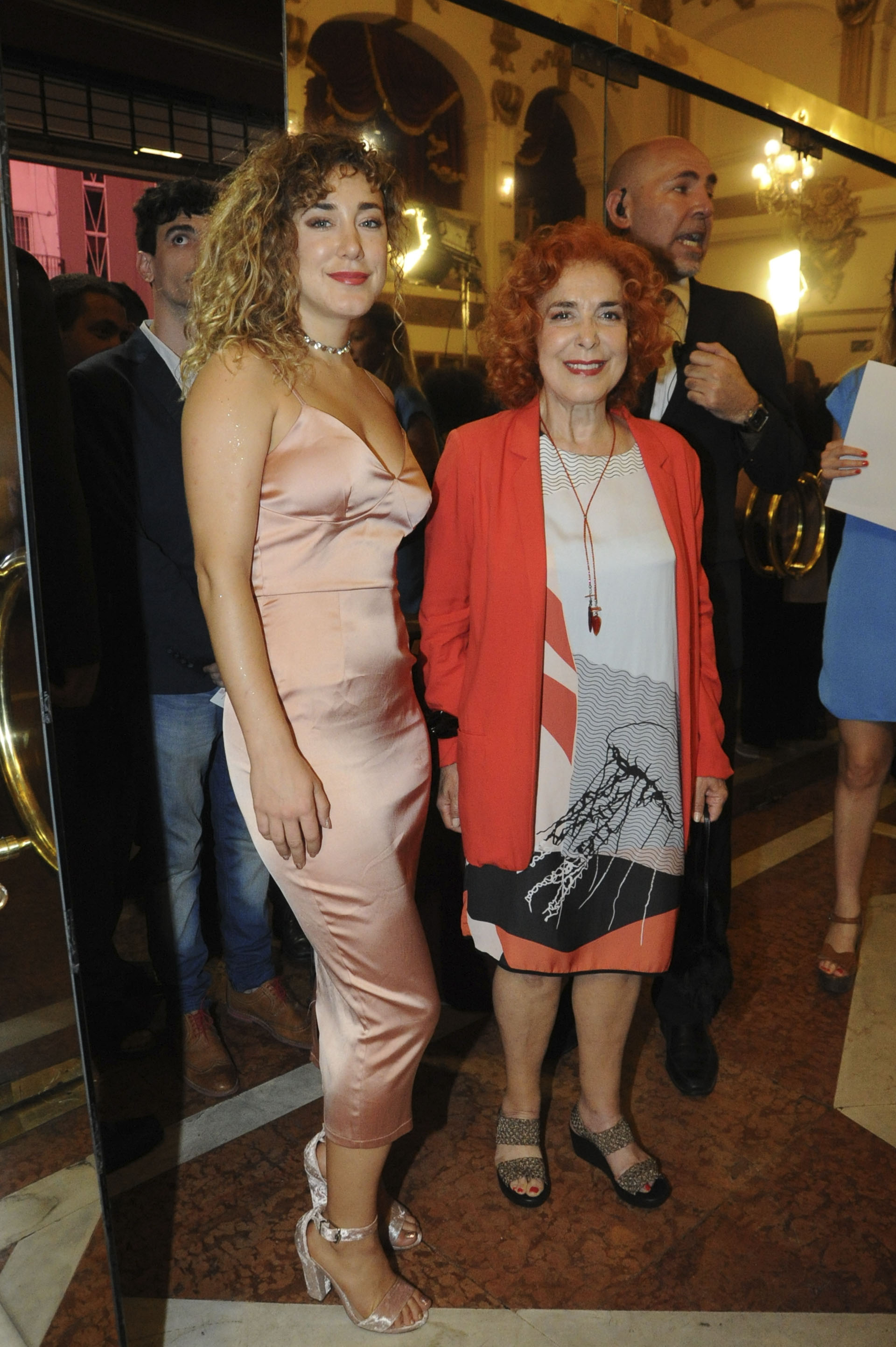 Anita Pauls y Mirta Busnelli