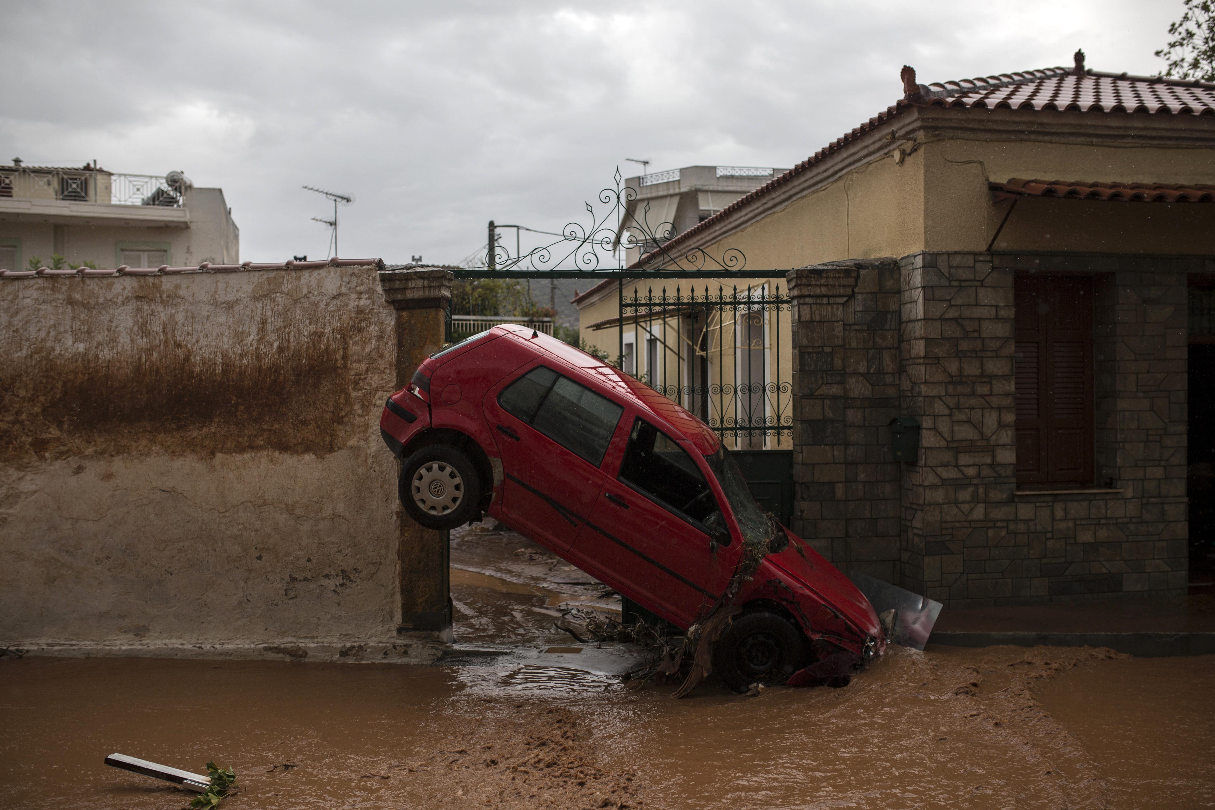 (AFP/Angelos Tzortzinis)