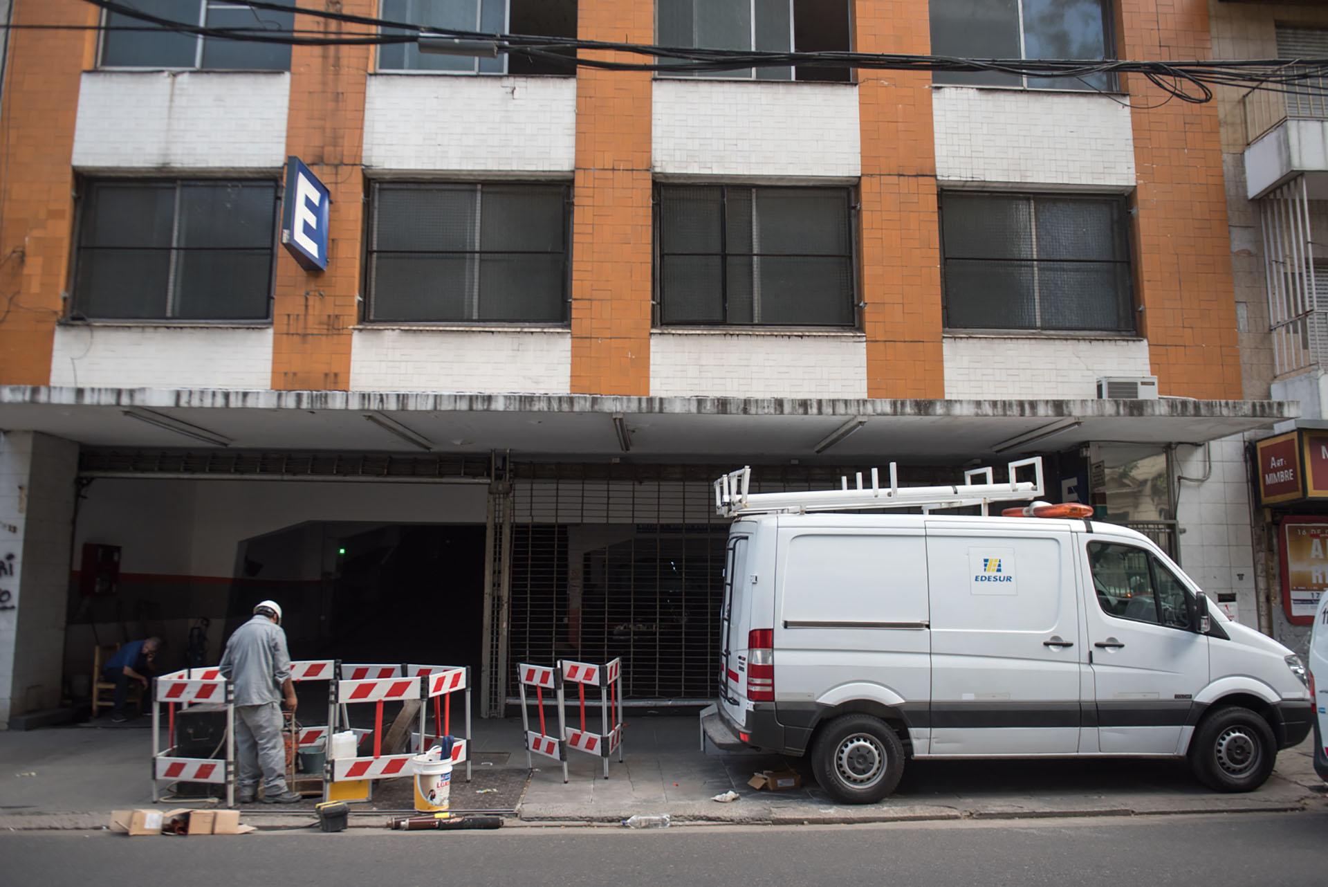 Miles de usuarios están sin suministro eléctrico (foto de archivo: Guillermo Llamos)