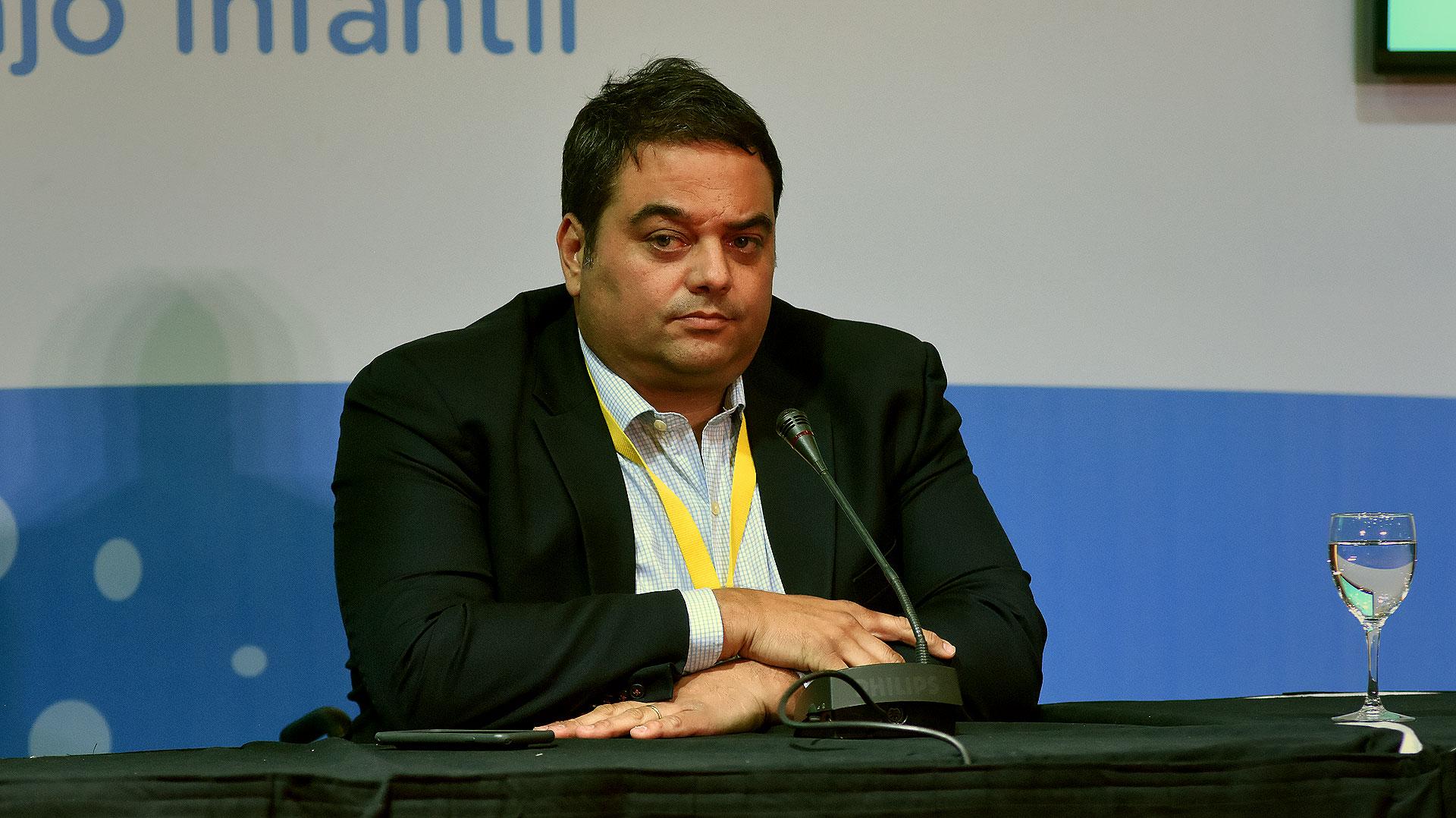 Jorge Triaca recibirá a dirigentes de la industria aceitera para homologar la partitaria 2018 (Nicolás Stulberg)