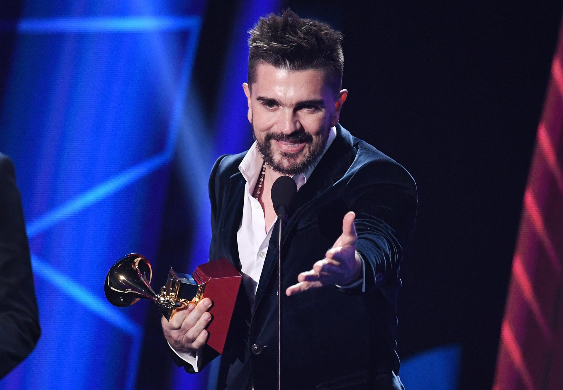 """Juanes se impuso en la categoría Mejor Álbum Pop/Rock por """"Mis Planes Son Amarte"""" (Kevin Winter/Getty Images)"""