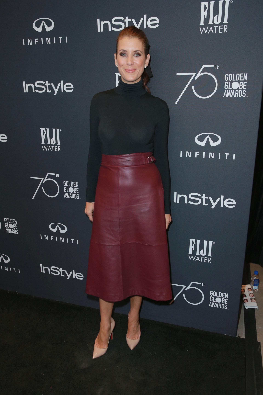 Kate Walsh apostó al color de la temporada de invierno: bordó en todas sus gamas y, mejor aún, en esta falda de cuero