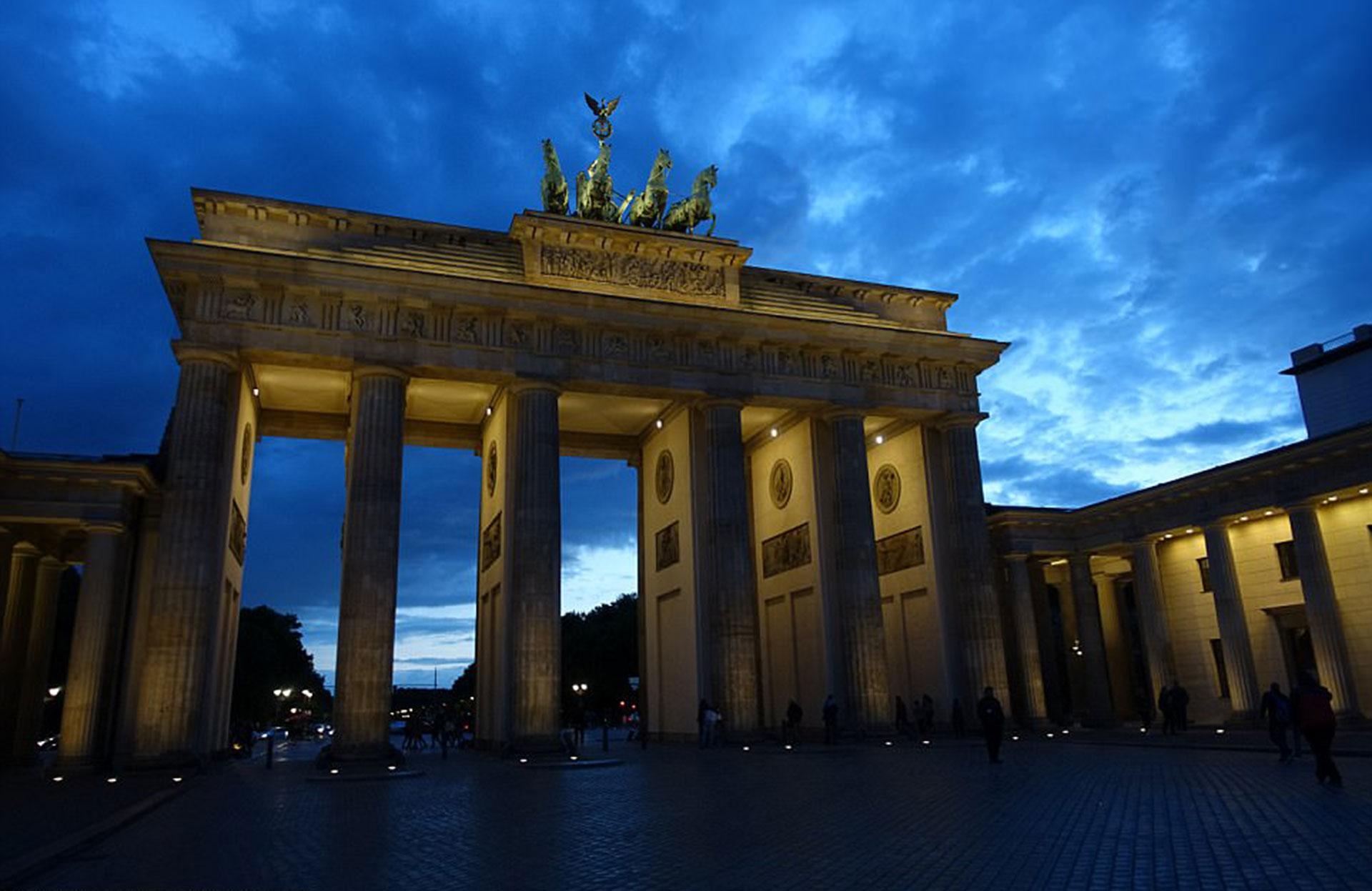 La Puerta de Brandeburgopor Peter Hagger (Berlín)