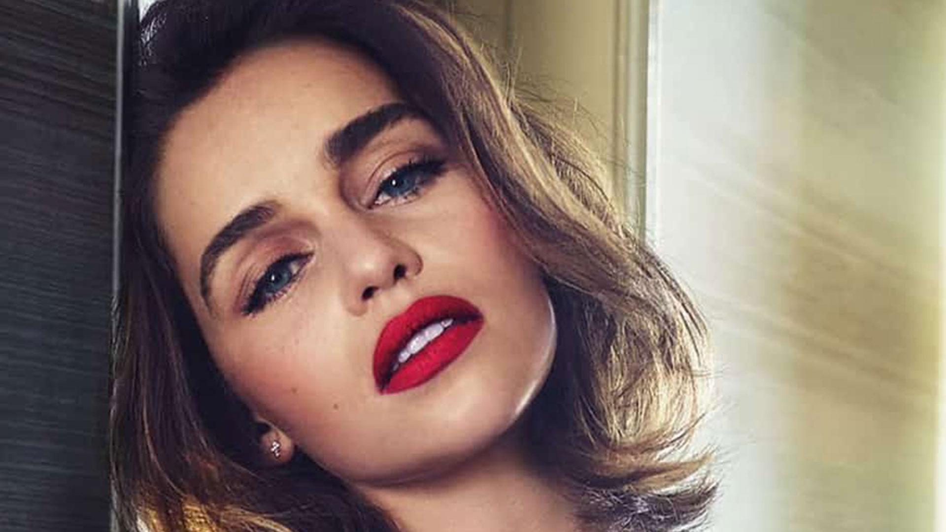 Emilia Clarke reveló que no existe brecha salarial en la serie Juego de Tronos de HBO