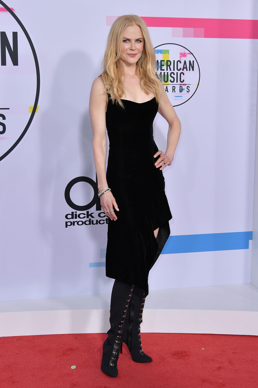 Una vez más, Nicole Kidman fue la reina de la red carpet, esta vez en la entrega de los American Music Awards en el Microsoft Theater, en Los Ángeles, California