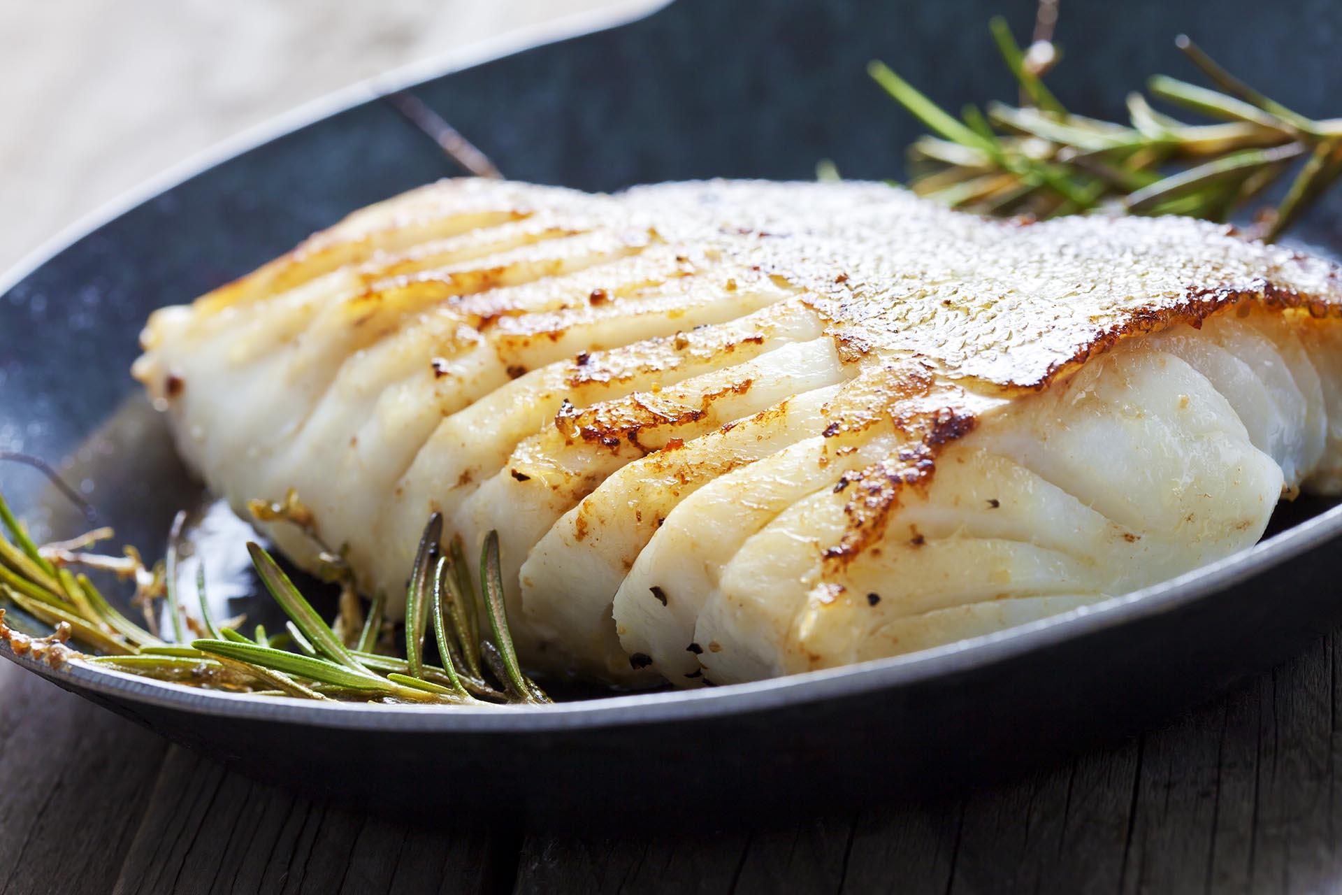 El pescado es fuente de proteínas (Getty)