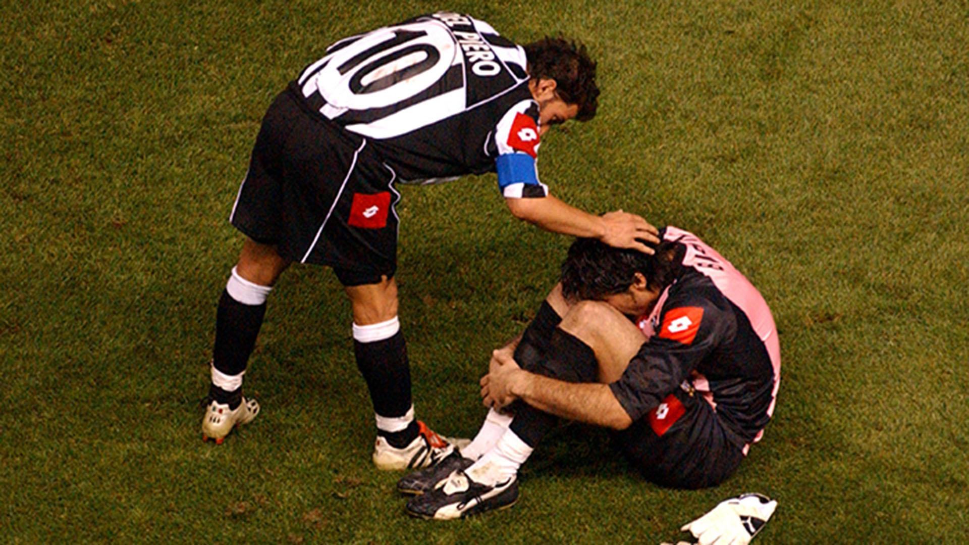 Buffon descendió con la Juventus y se quedó en el club para jugar en la Serie B