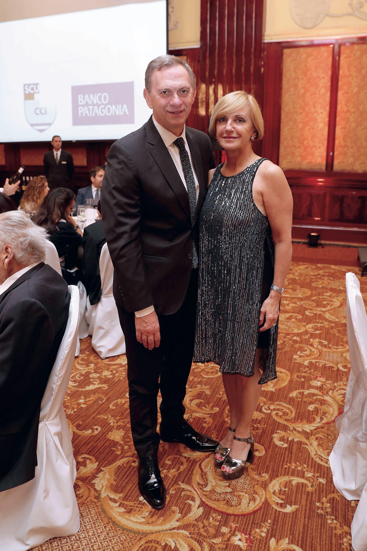 Marcelo Bonelli y su esposa. Foto: Francisco Trombetta/GENTE