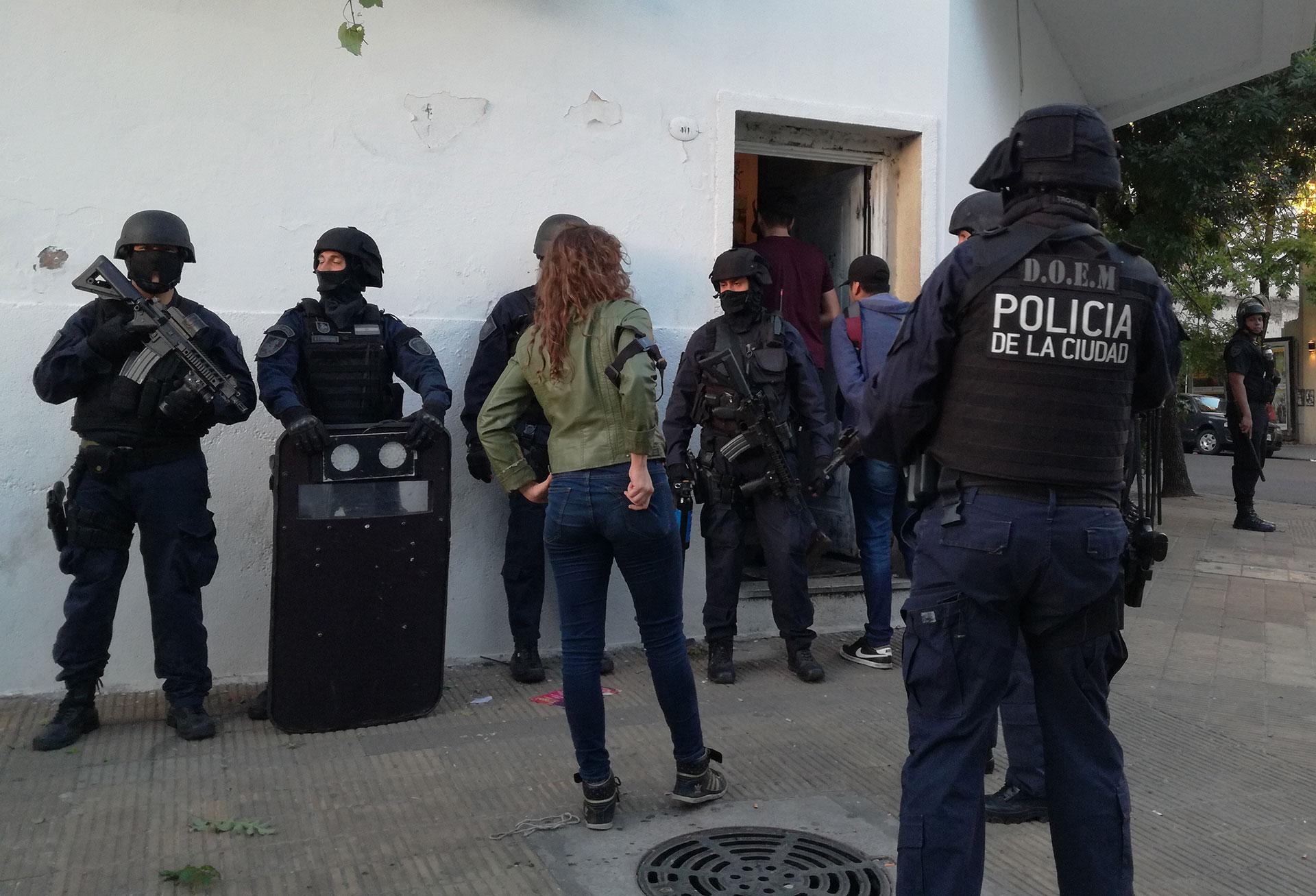 La casa de Cabrera y Humboldt, un conocido punto de venta de drogas en Palermo (Infobae)