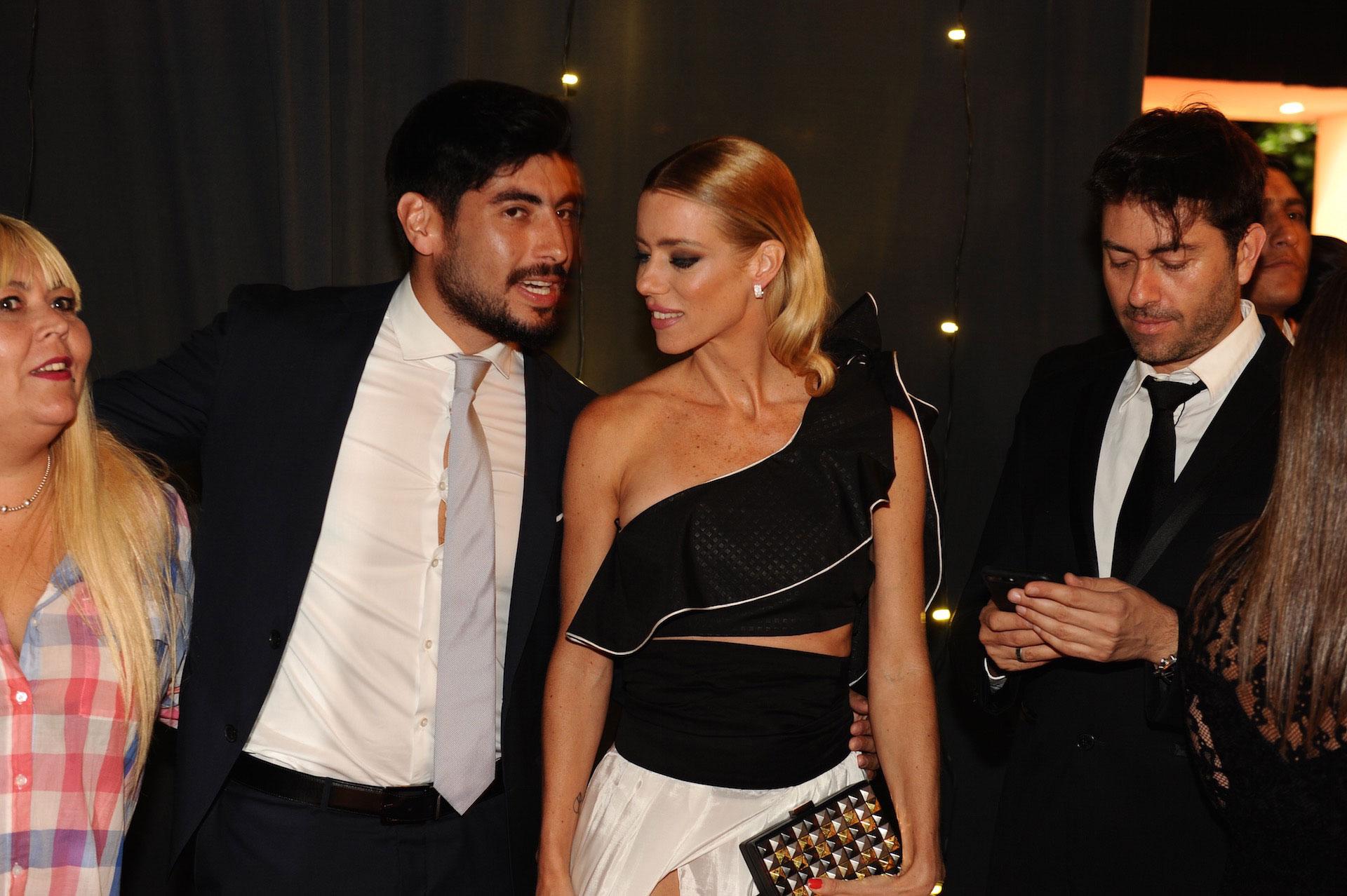 Nicole Neumann y Facundo Moyano (Foto Revista Gente)