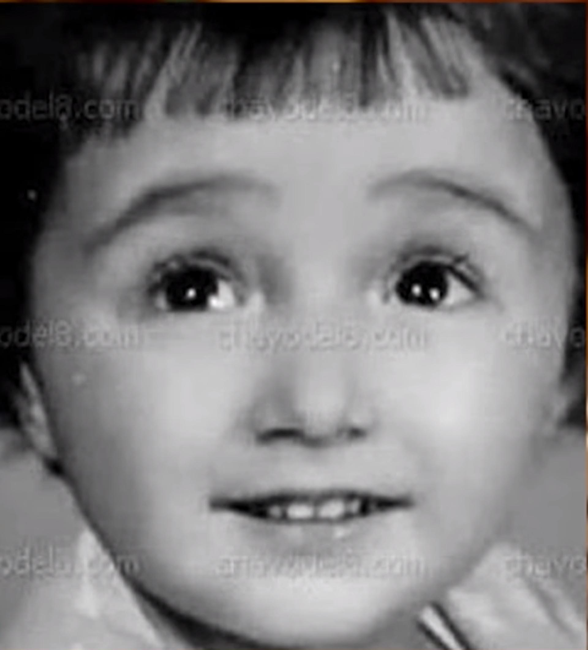 María Antonieta, con la misma inocencia en sus ojos que La Chilindrina