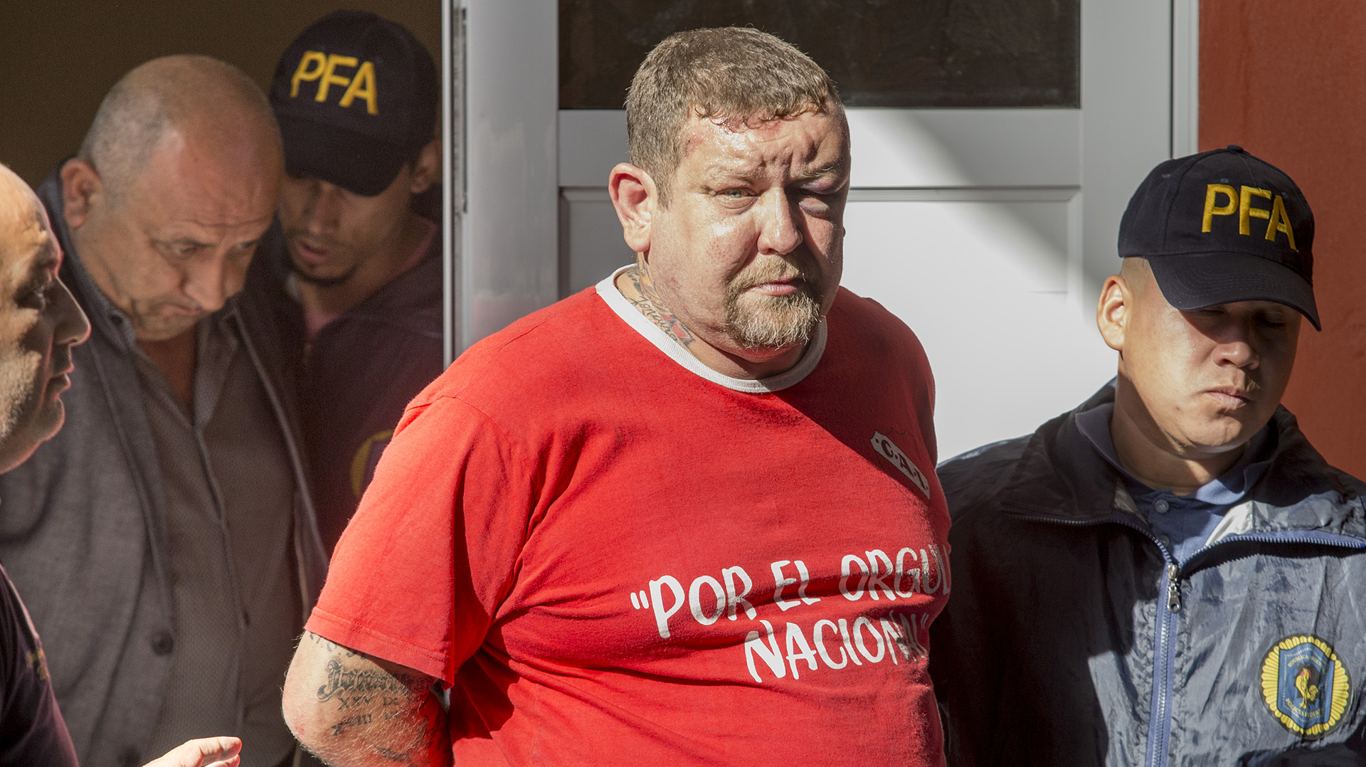 """Roberto """"Polaco"""" Petrov , histórico custodio de Hugo Moyano, también fue detenido (Foto NA)"""