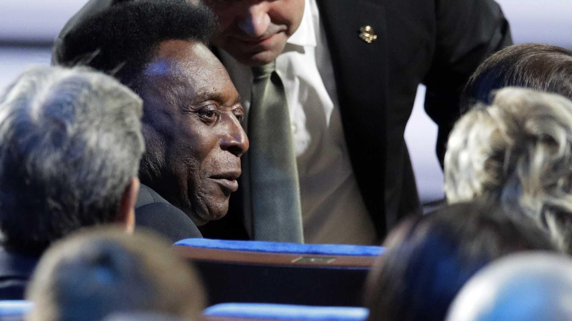 Pelé sufre problemas de salud hace algunos años(AP)