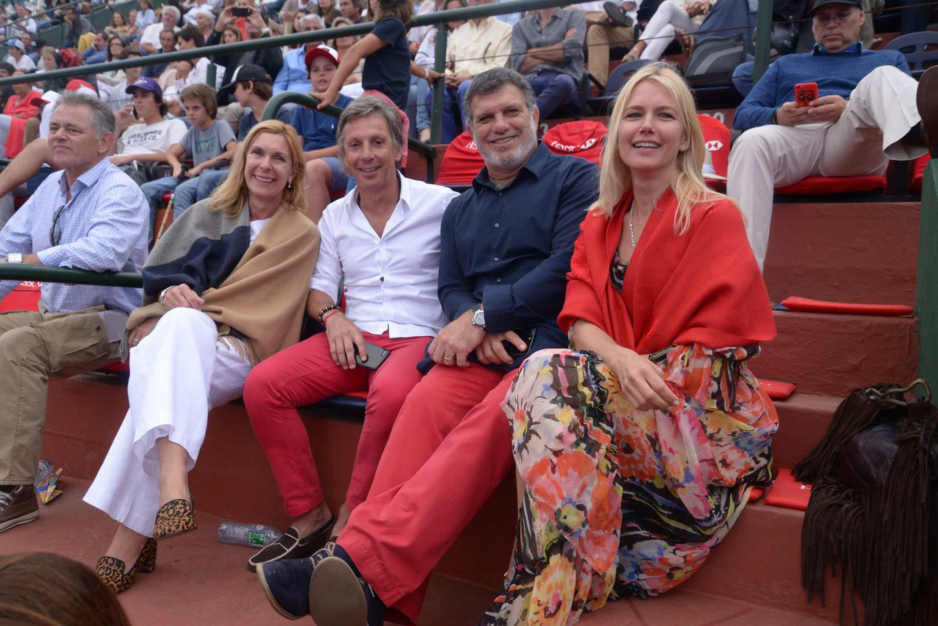 Eliane Badessich, Alejandro Gravier, Gianfranco Macri y Valeria Mazza en el Campeonato Argentino Abierto de Polo de Palermo