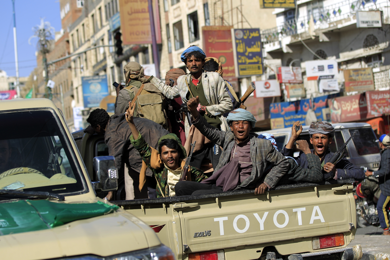 Rebeldes hutíes en Yemen. Arabia Saudita se enfrenta a estas milicias apoyados por Irán (AFP)