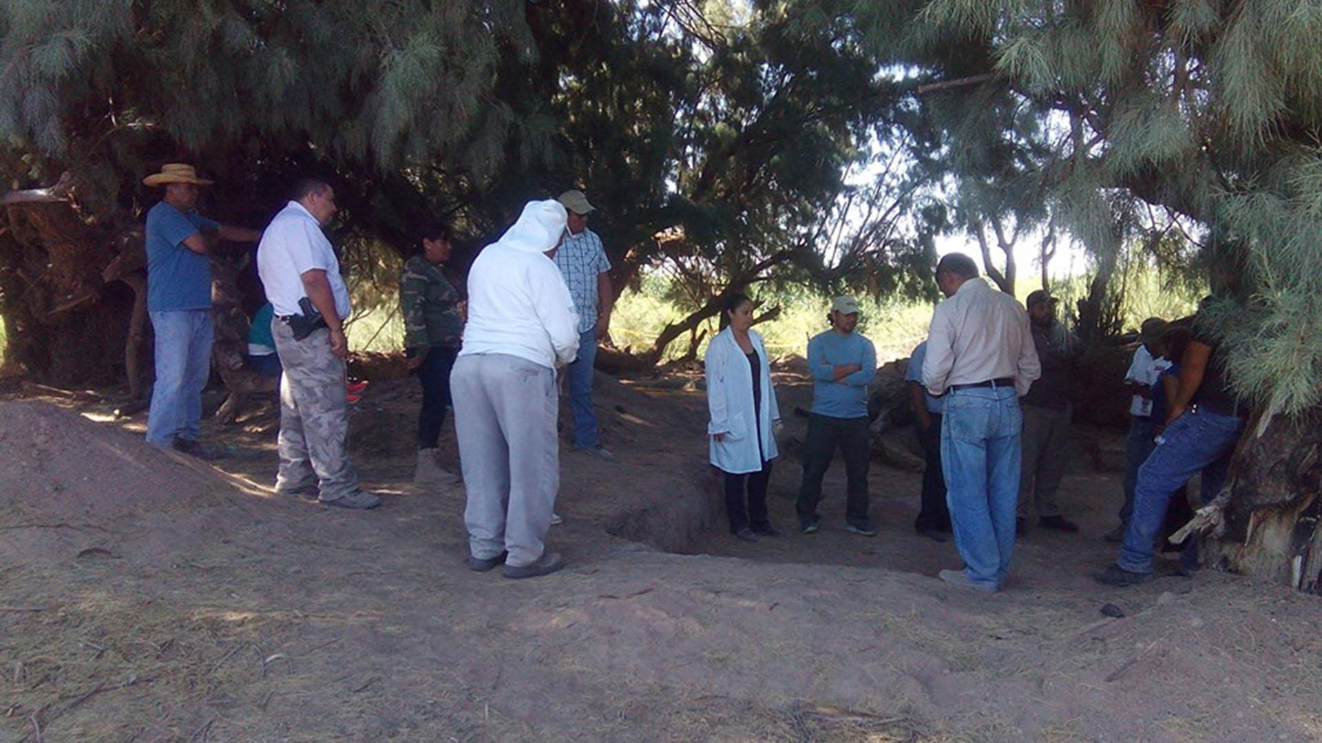 El grupo VIDA, en plena búsqueda de restos humanos