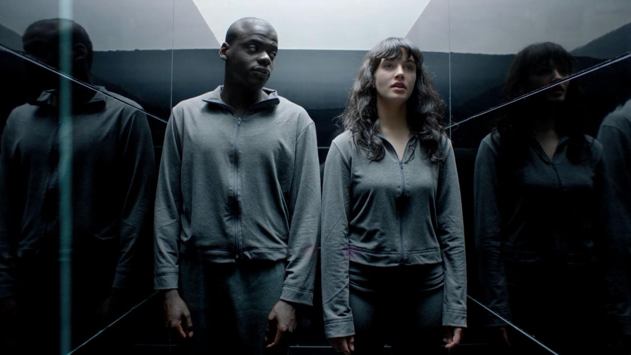 Netflix adquirió la serie durante la tercera temporada y compró los derechos a Zeppotron, que la producía en Gran Bretaña.