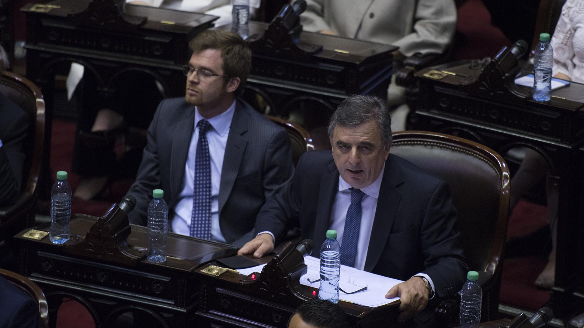 Los legisladores de Cambiemos Nicolás Massot y Mario Negri