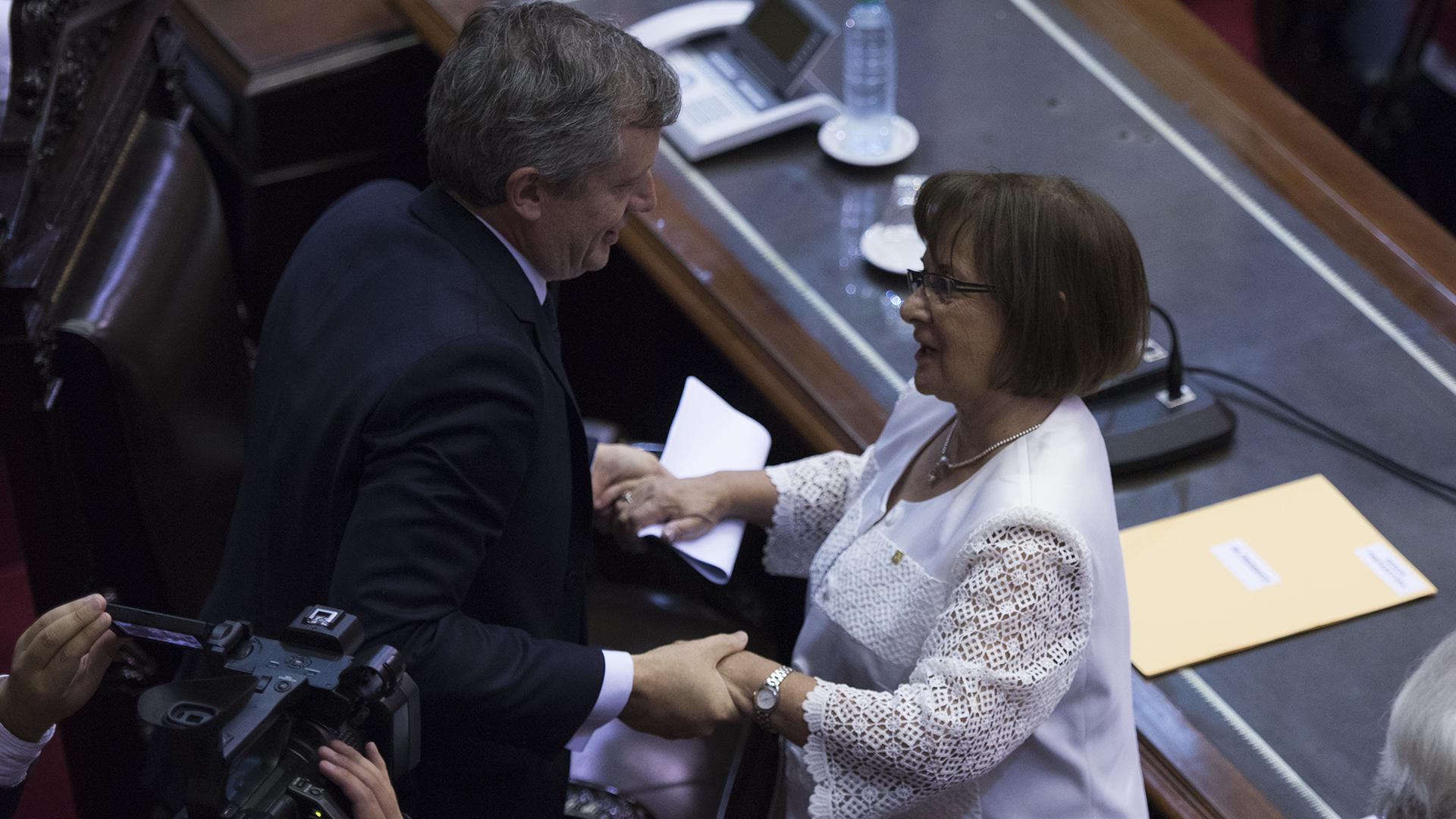 El presidente de la Cámara de Diputados Emilio Monzó y la diputada Mirta Pastoriza