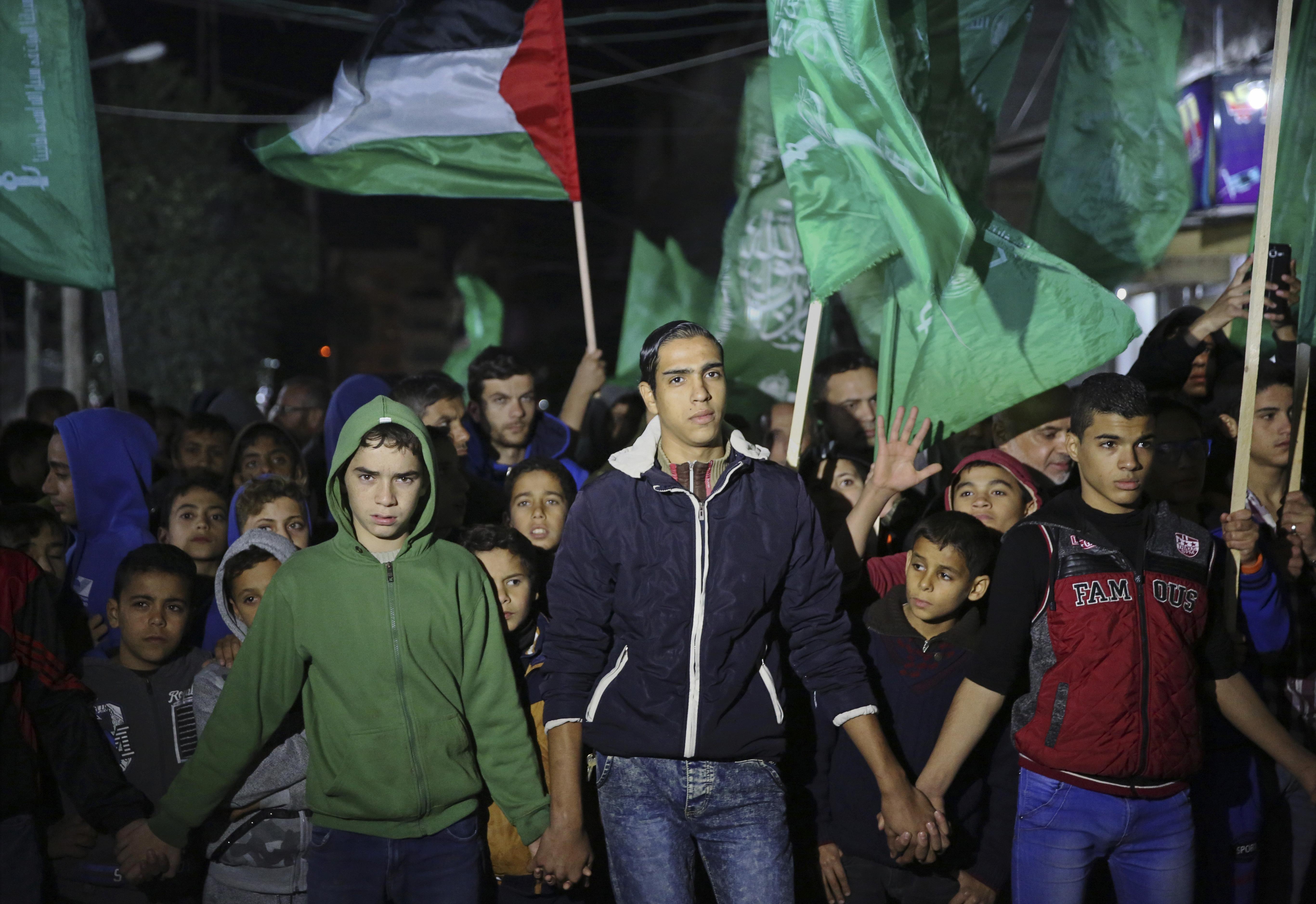 Jóvenes simpatizantes de Hamas en Gaza (AP)