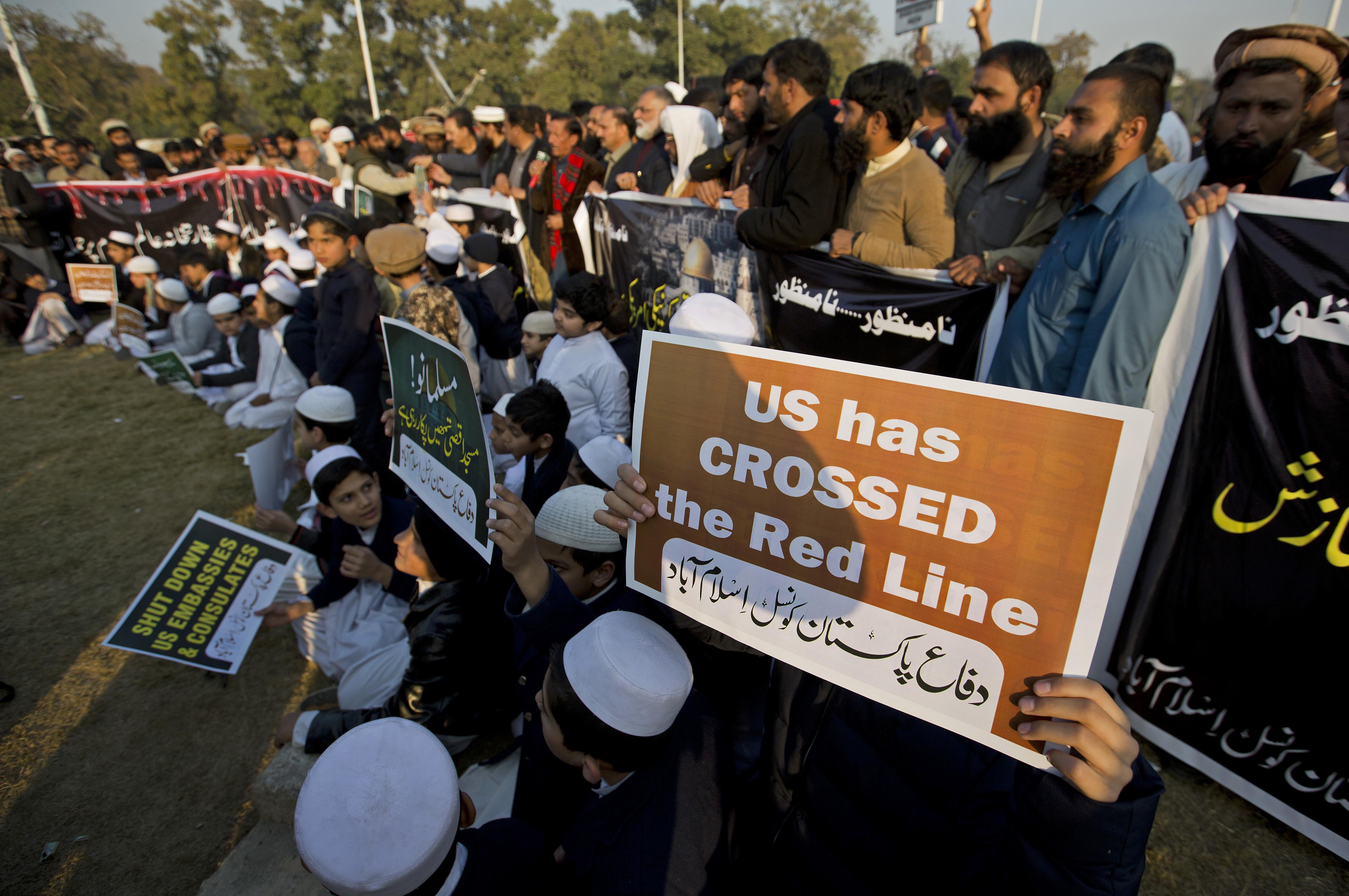 La noticia generó rechazos en todo el mundo musulmán(AP)